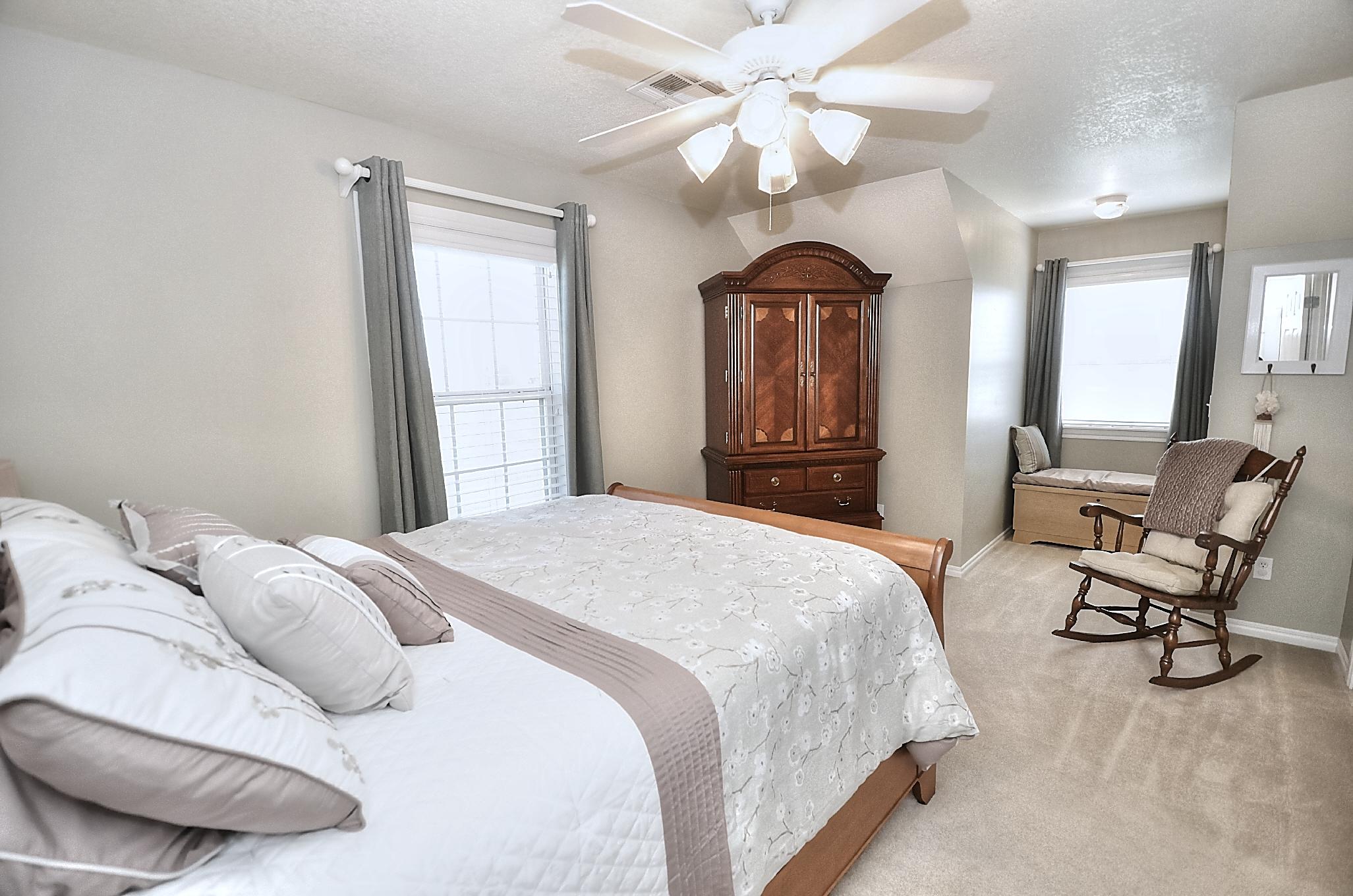 12134 N 70th East Avenue Property Photo 35