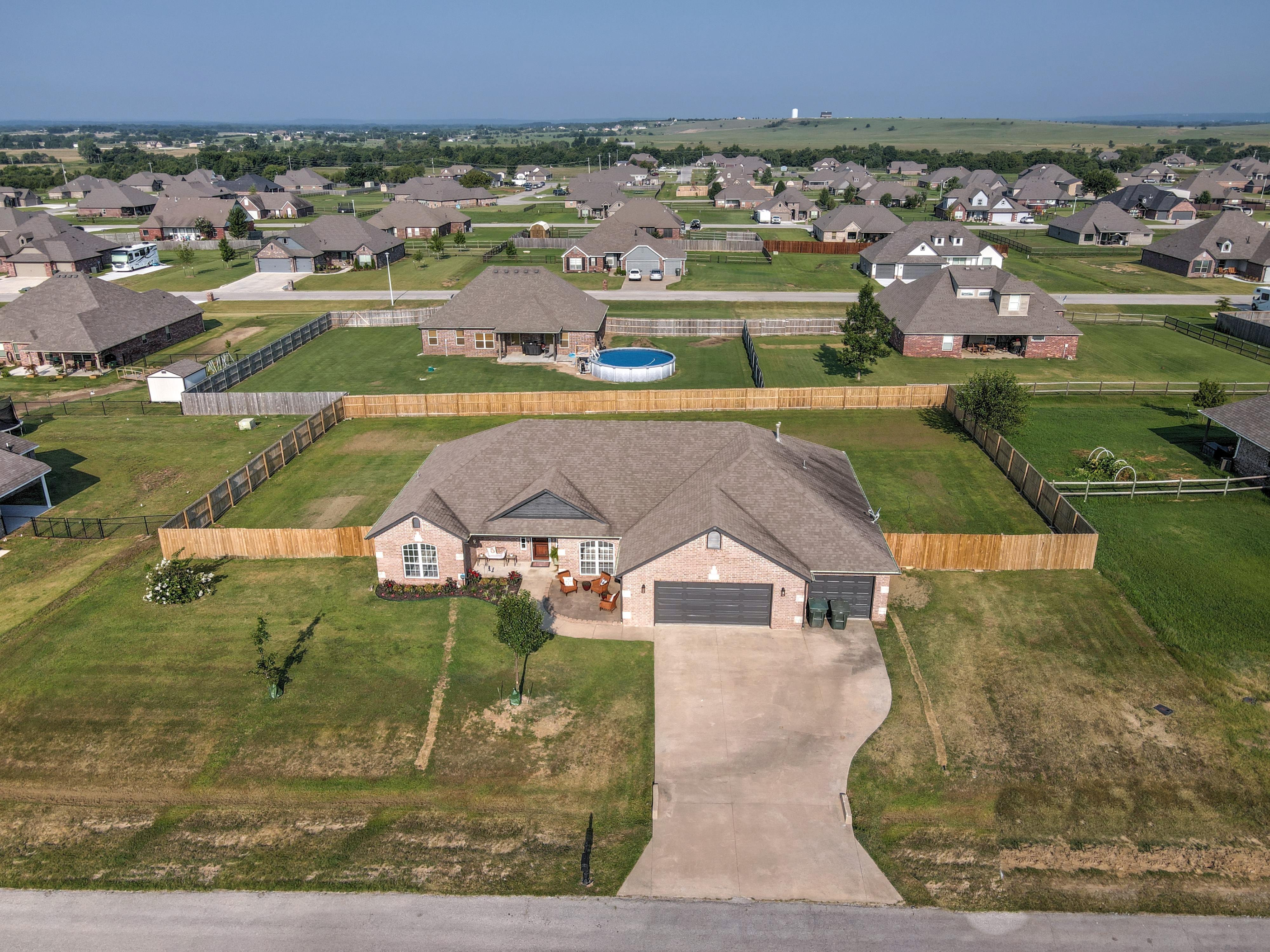 12798 N 44th East Avenue Property Photo 1