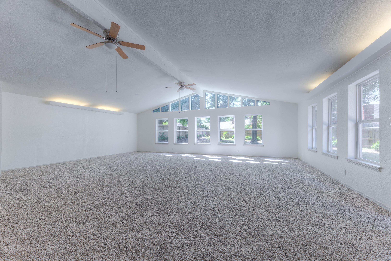 7815 S Joplin Avenue Property Photo 9