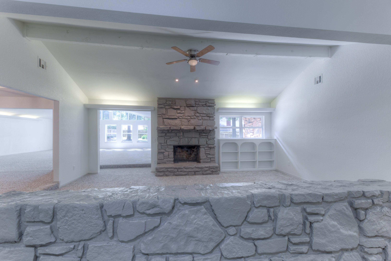 7815 S Joplin Avenue Property Photo 4