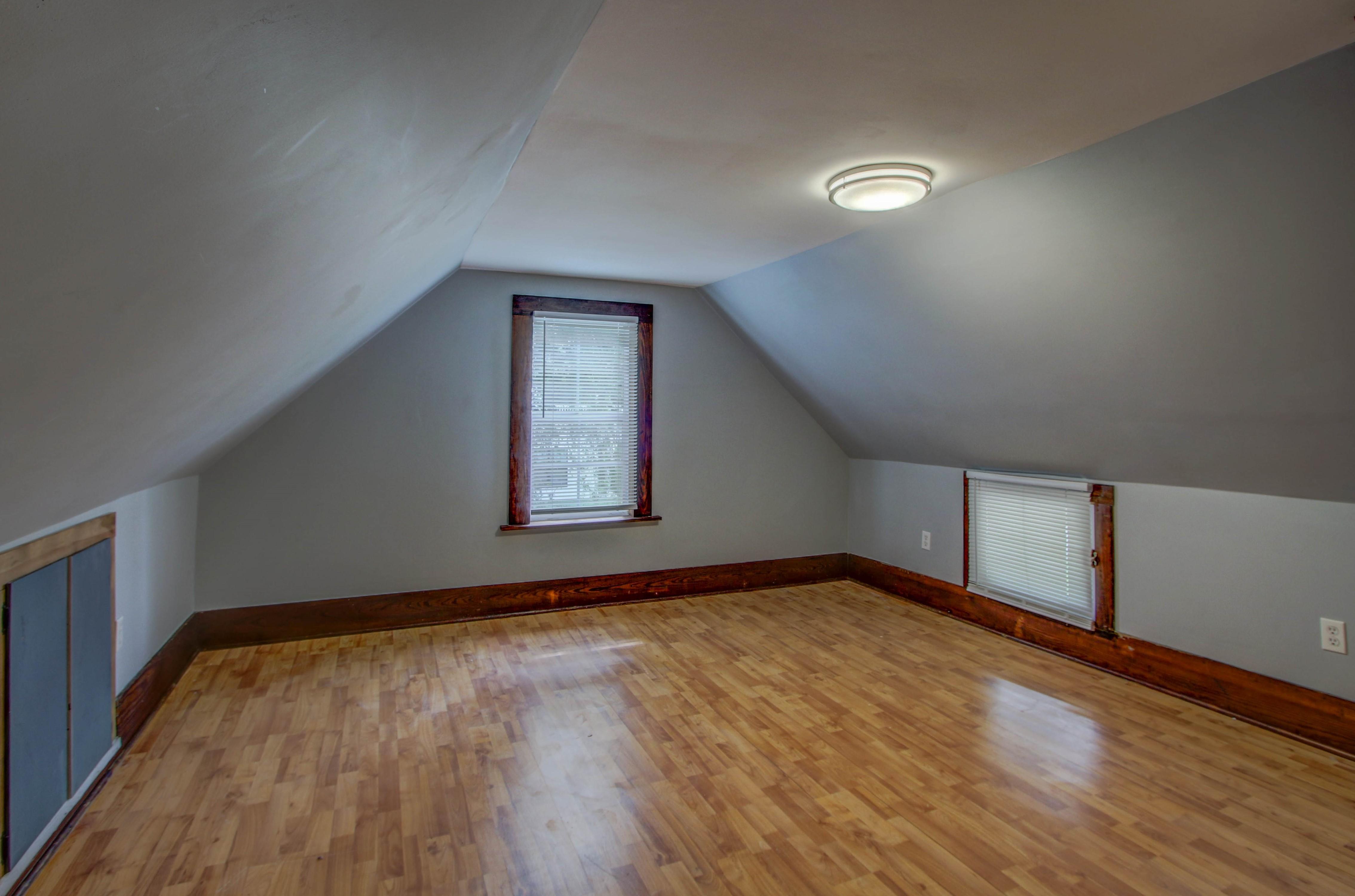 504 W El Paso Street Property Photo 20