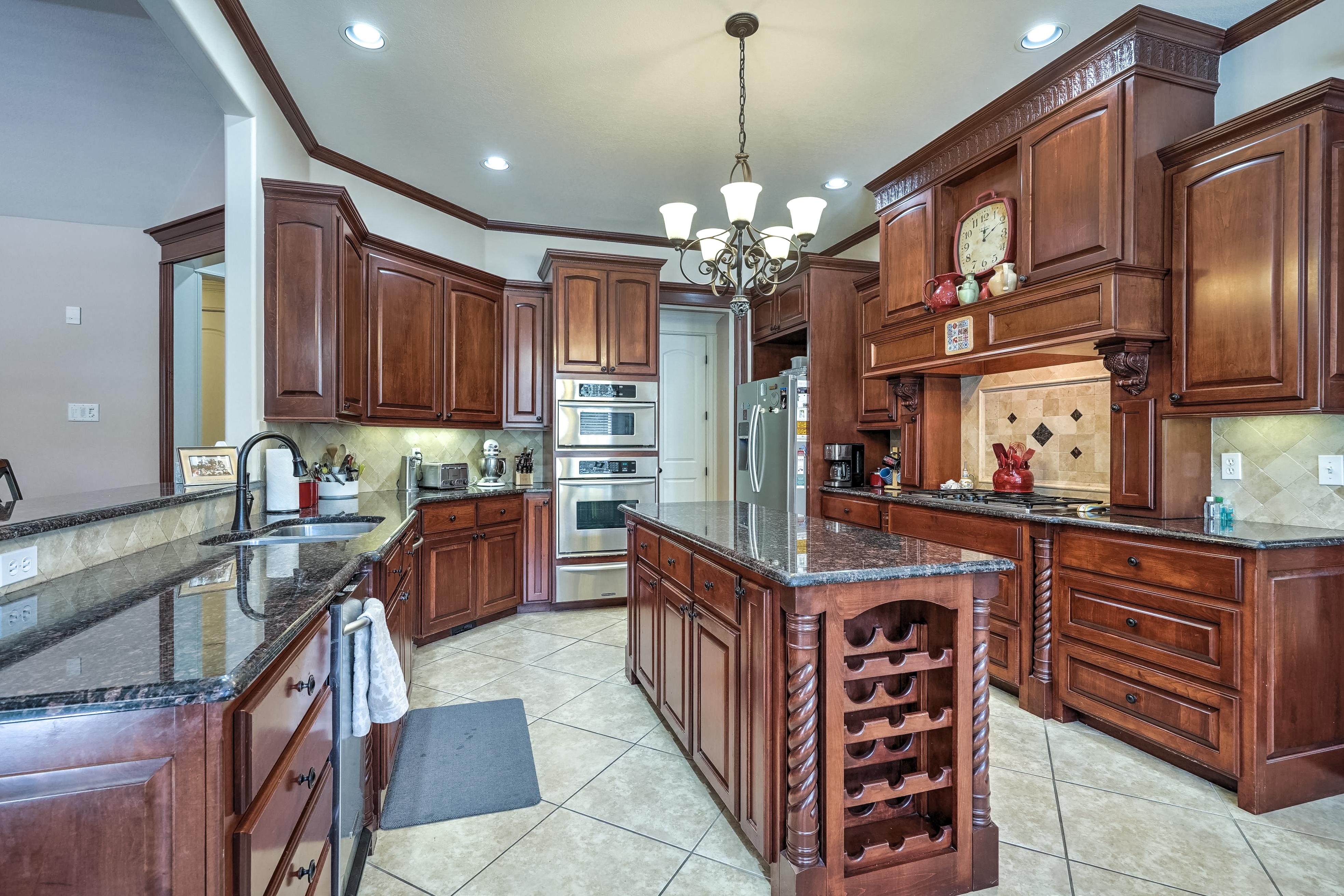 14037 S Kingston Avenue Property Photo 17