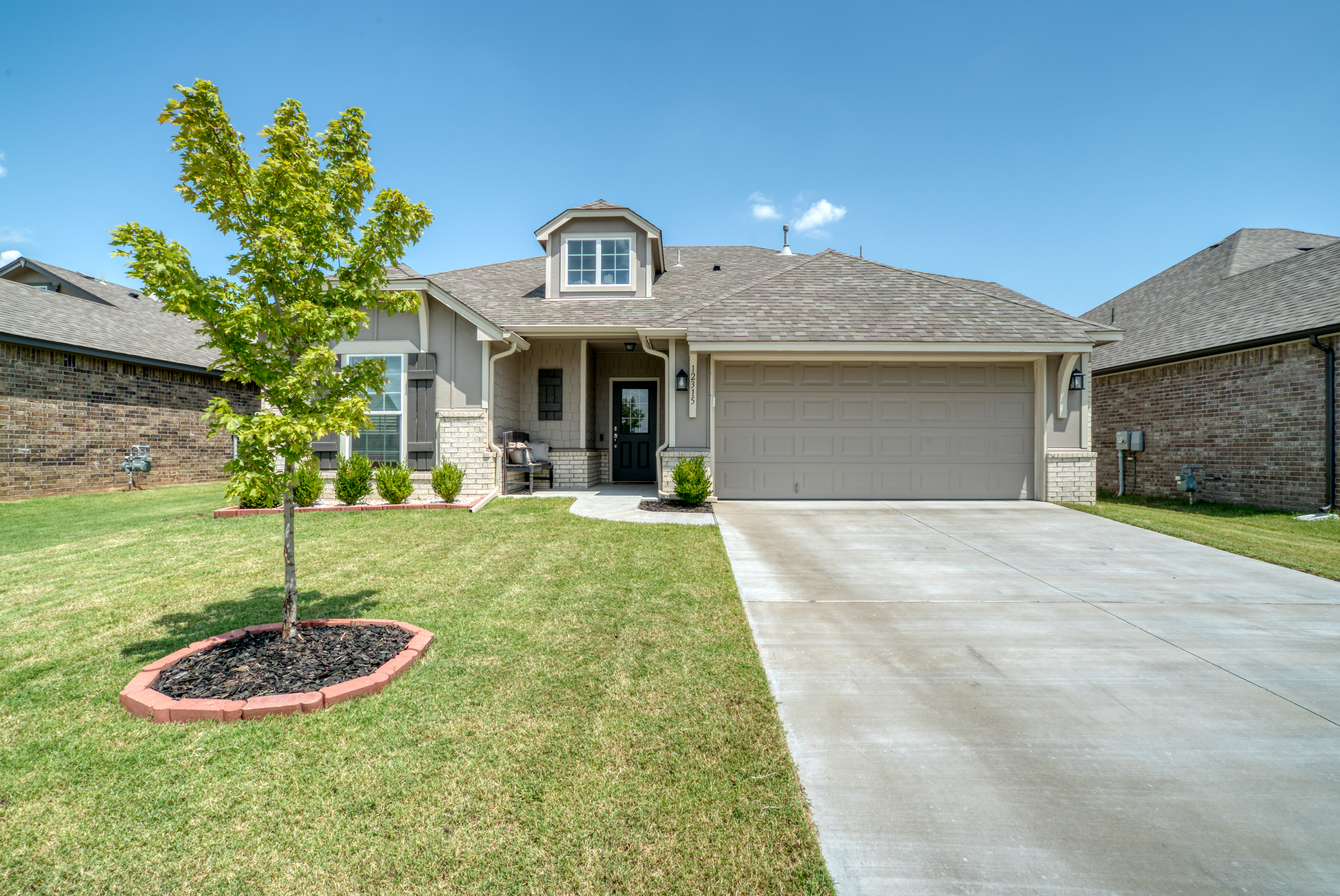 12315 N 131st East Avenue Property Photo 1