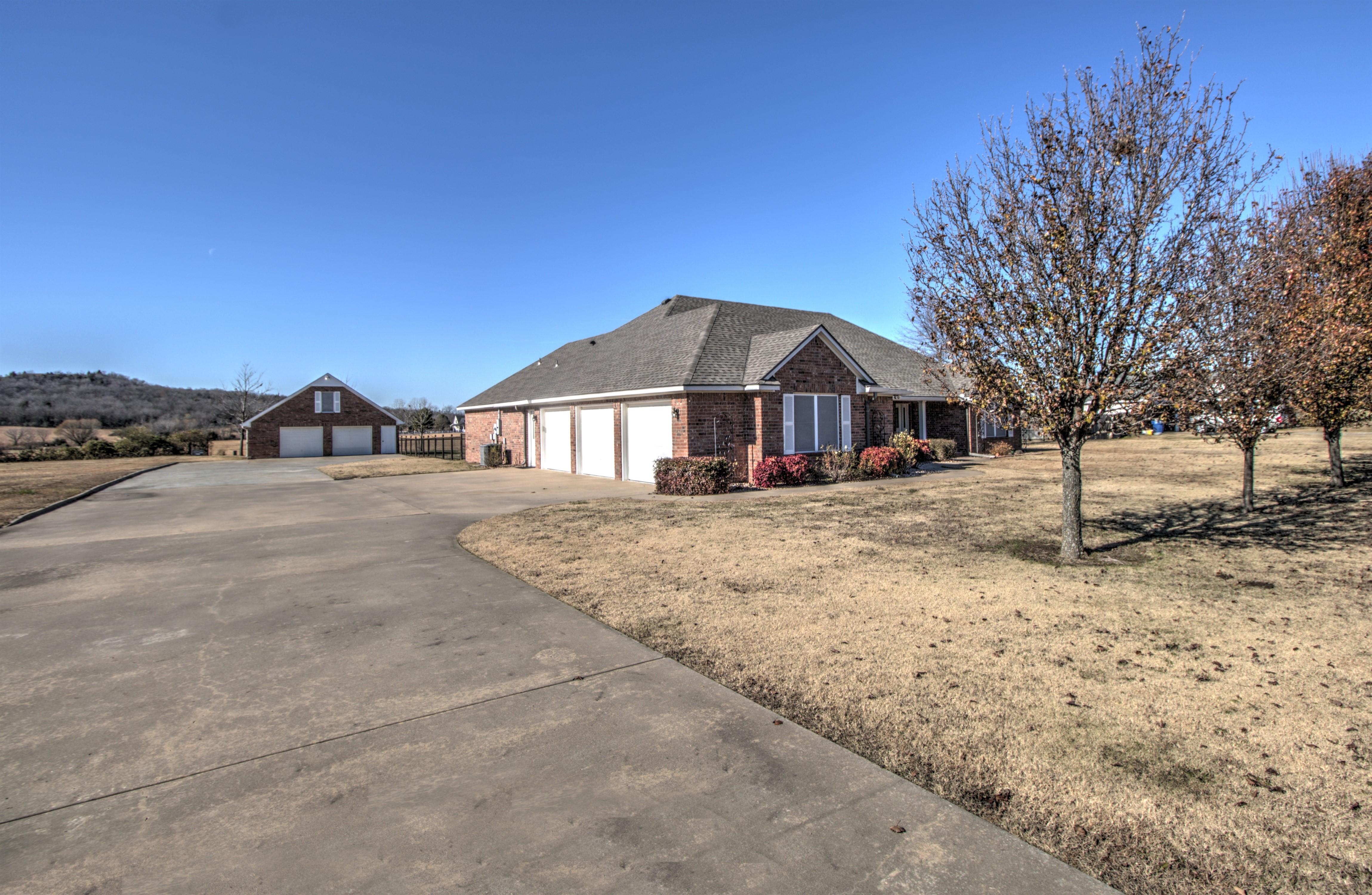 32102 S 4230 Road Property Photo 2