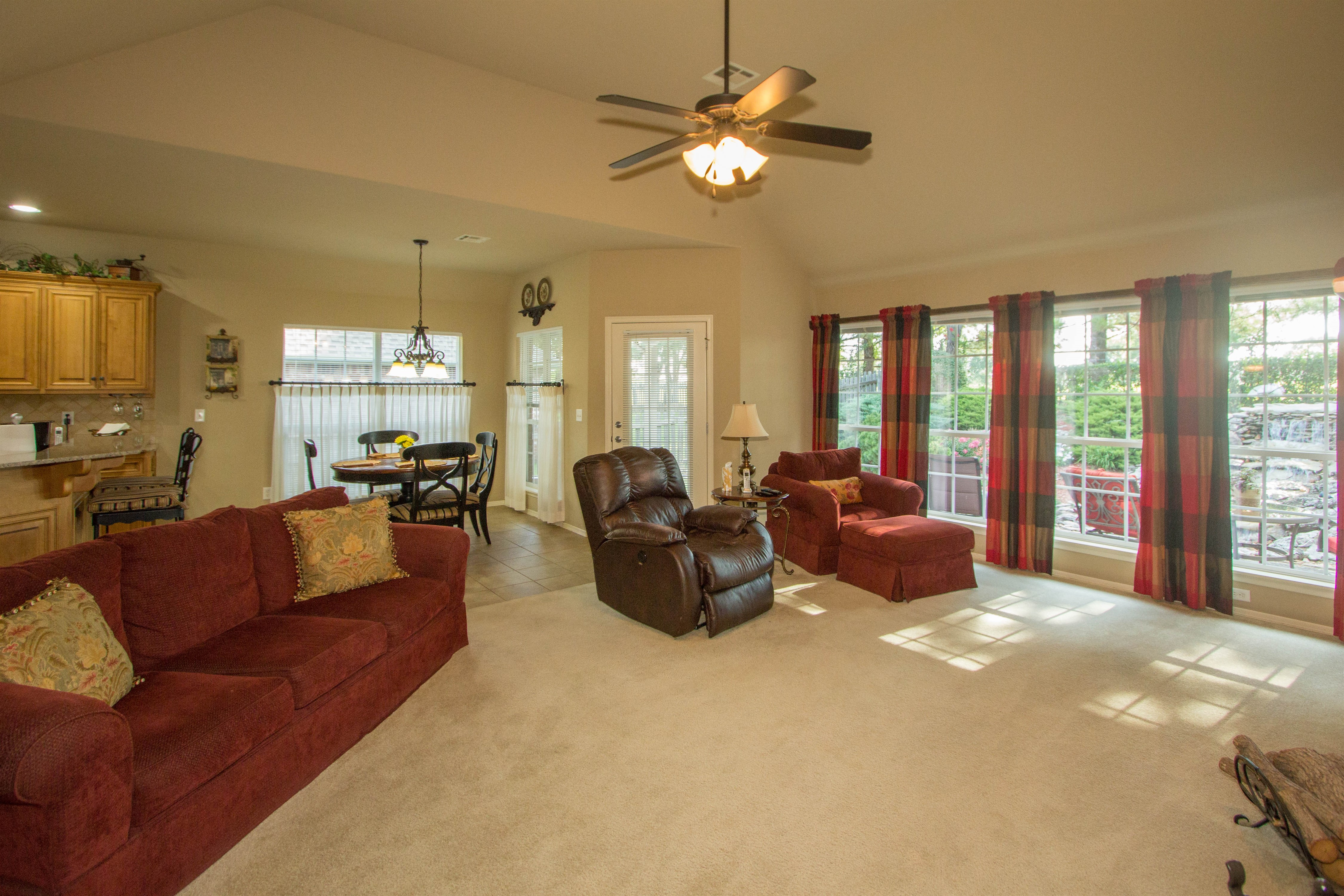 12517 S 4th Court Property Photo 4