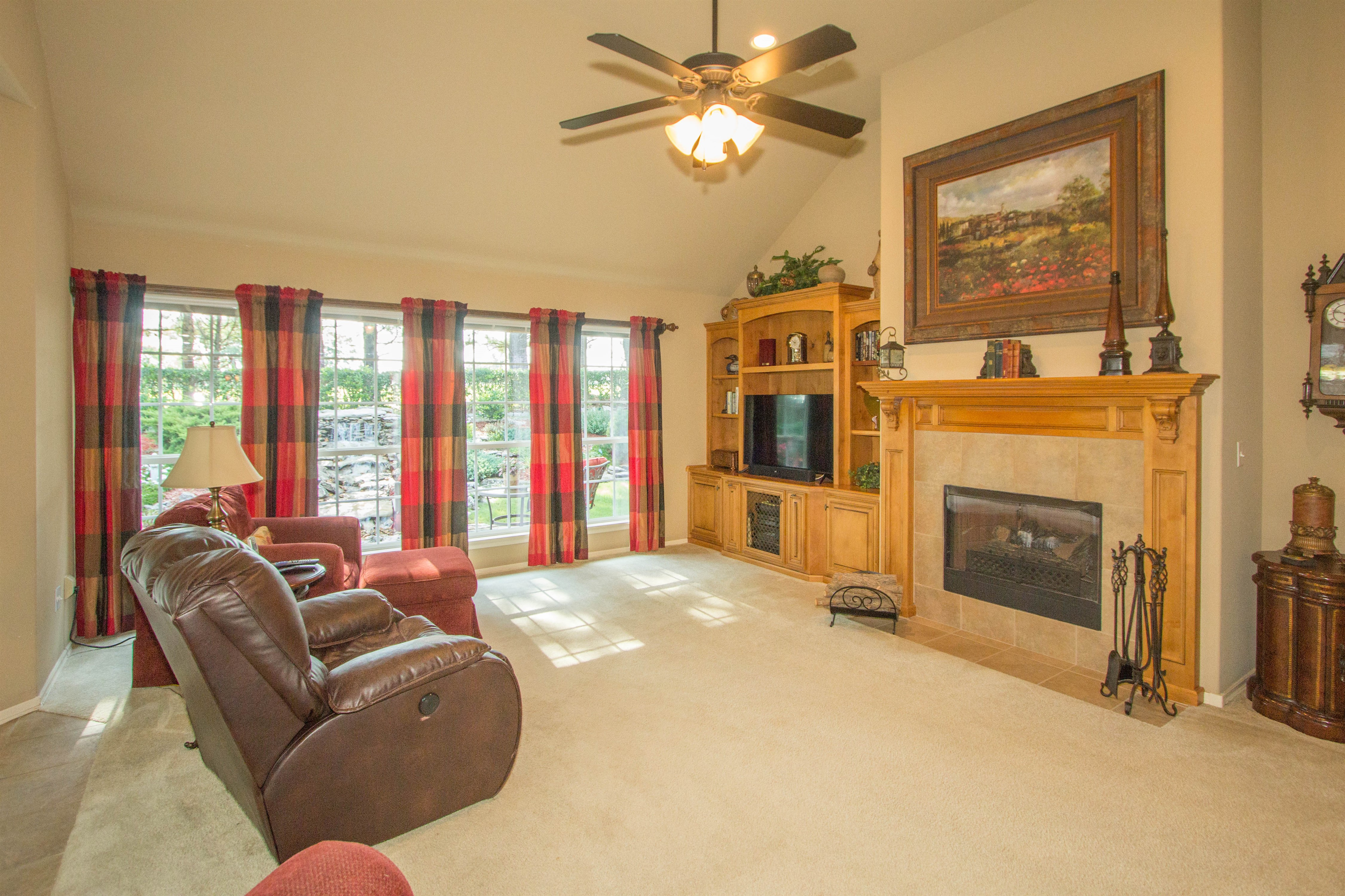 12517 S 4th Court Property Photo 6