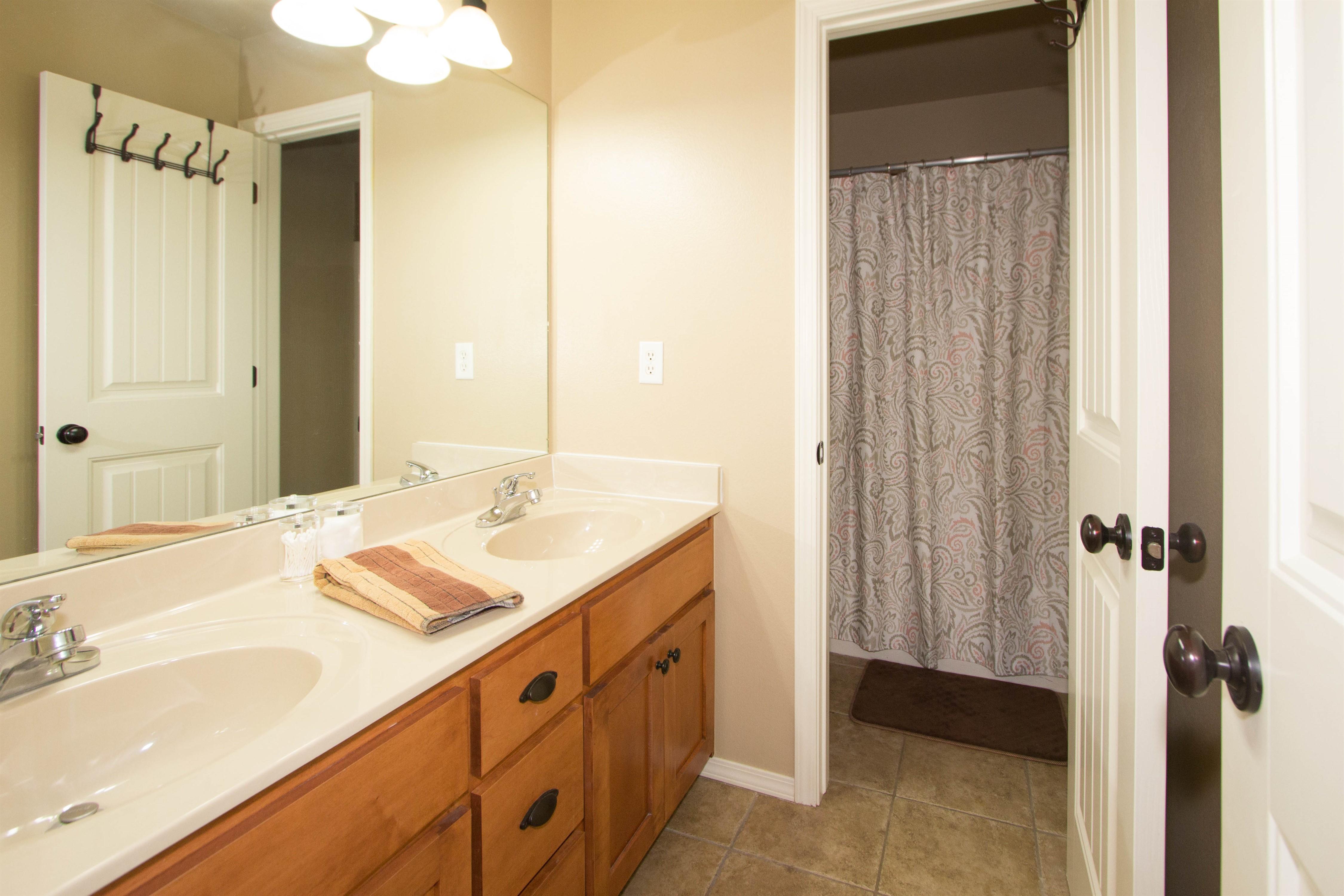 17413 E 47th Street Property Photo 27