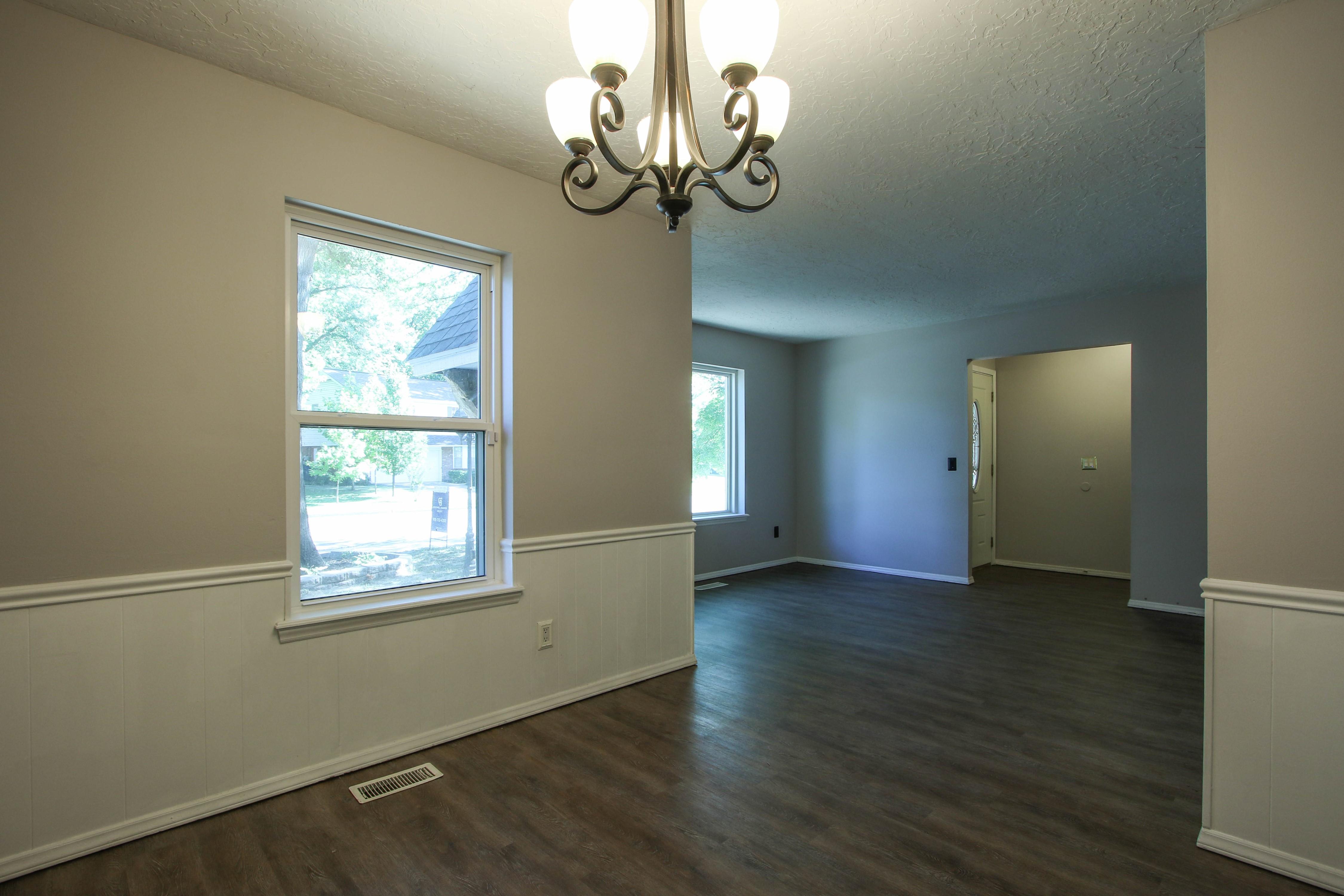 6726 E 76th Street Property Photo 5