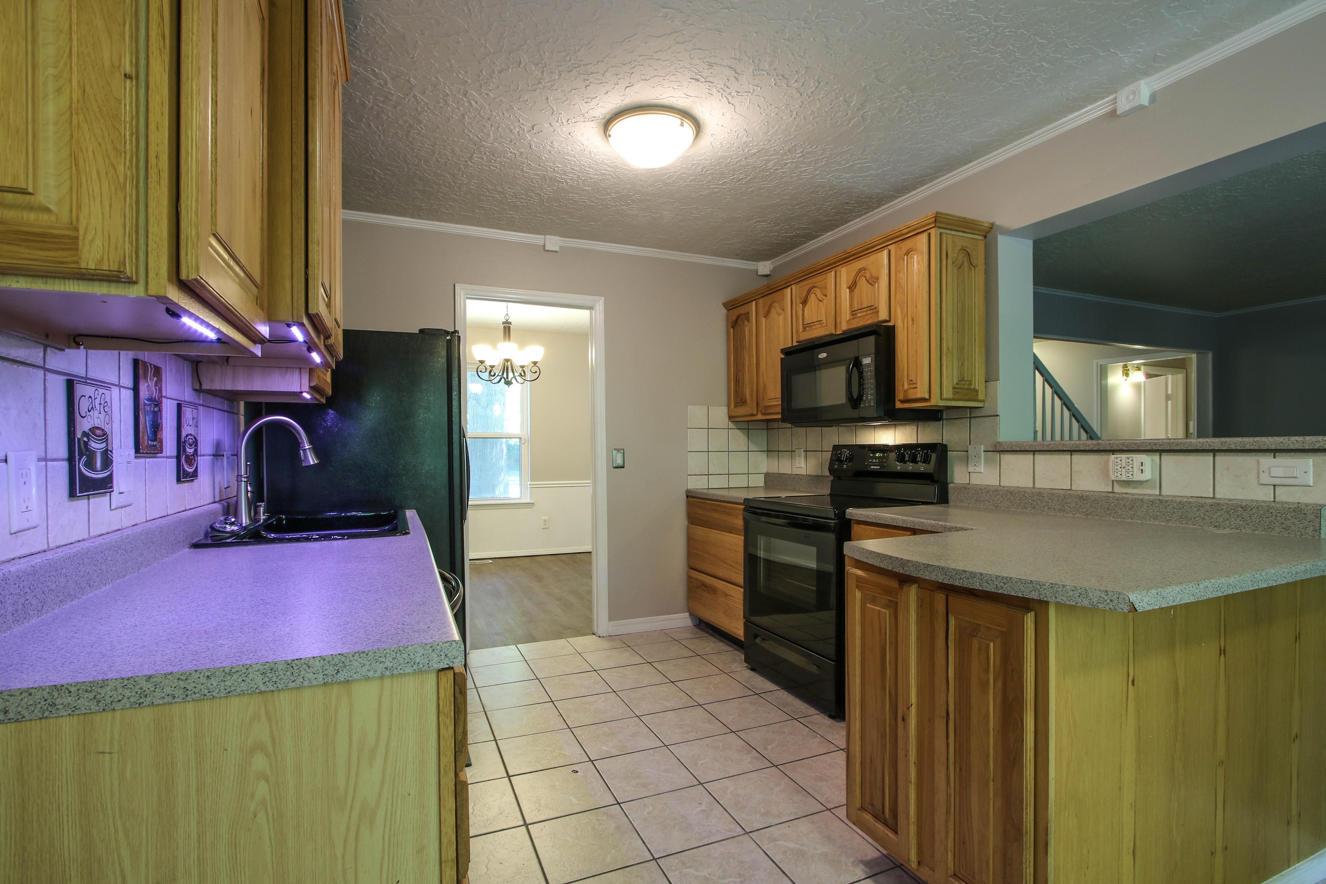 6726 E 76th Street Property Photo 8