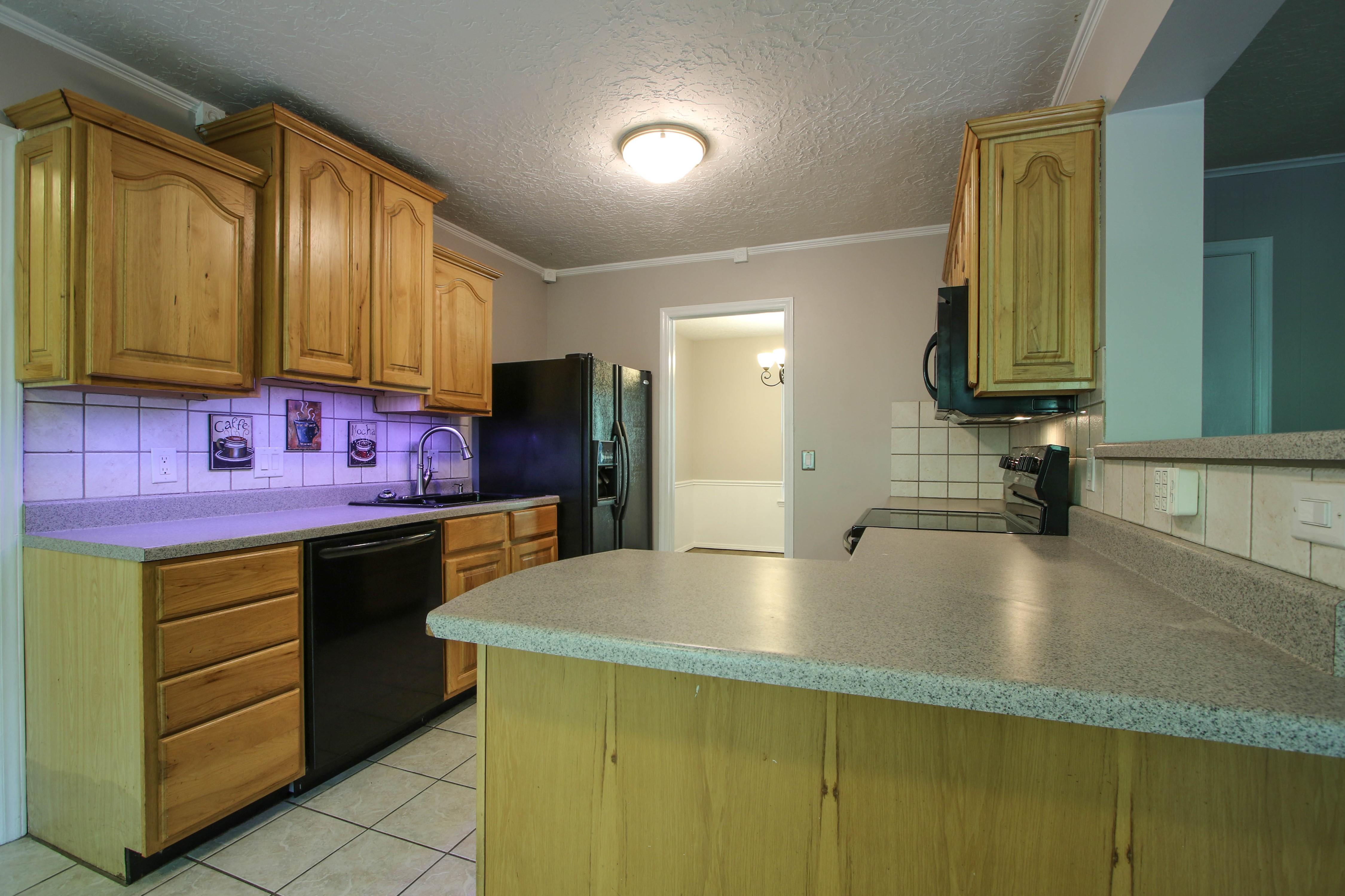6726 E 76th Street Property Photo 9