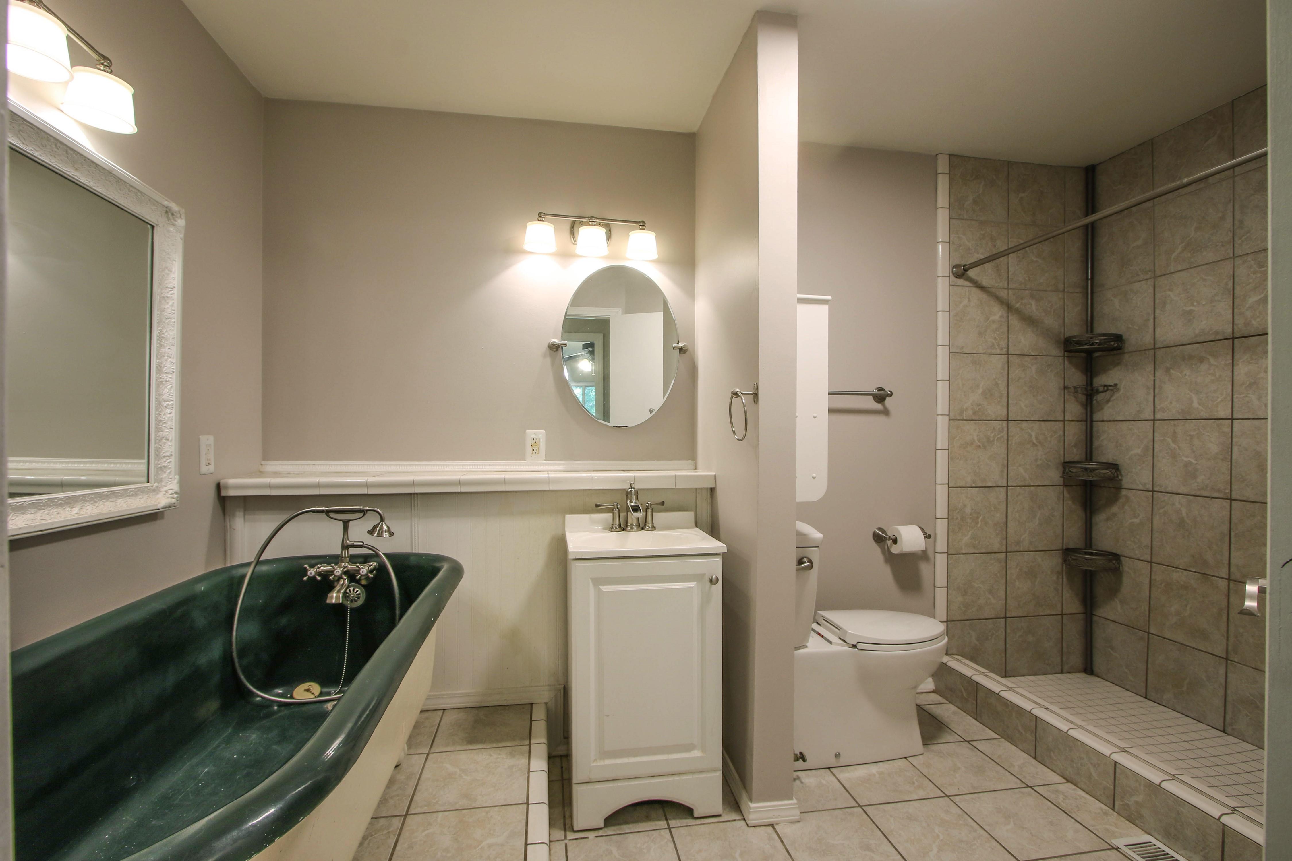 6726 E 76th Street Property Photo 15