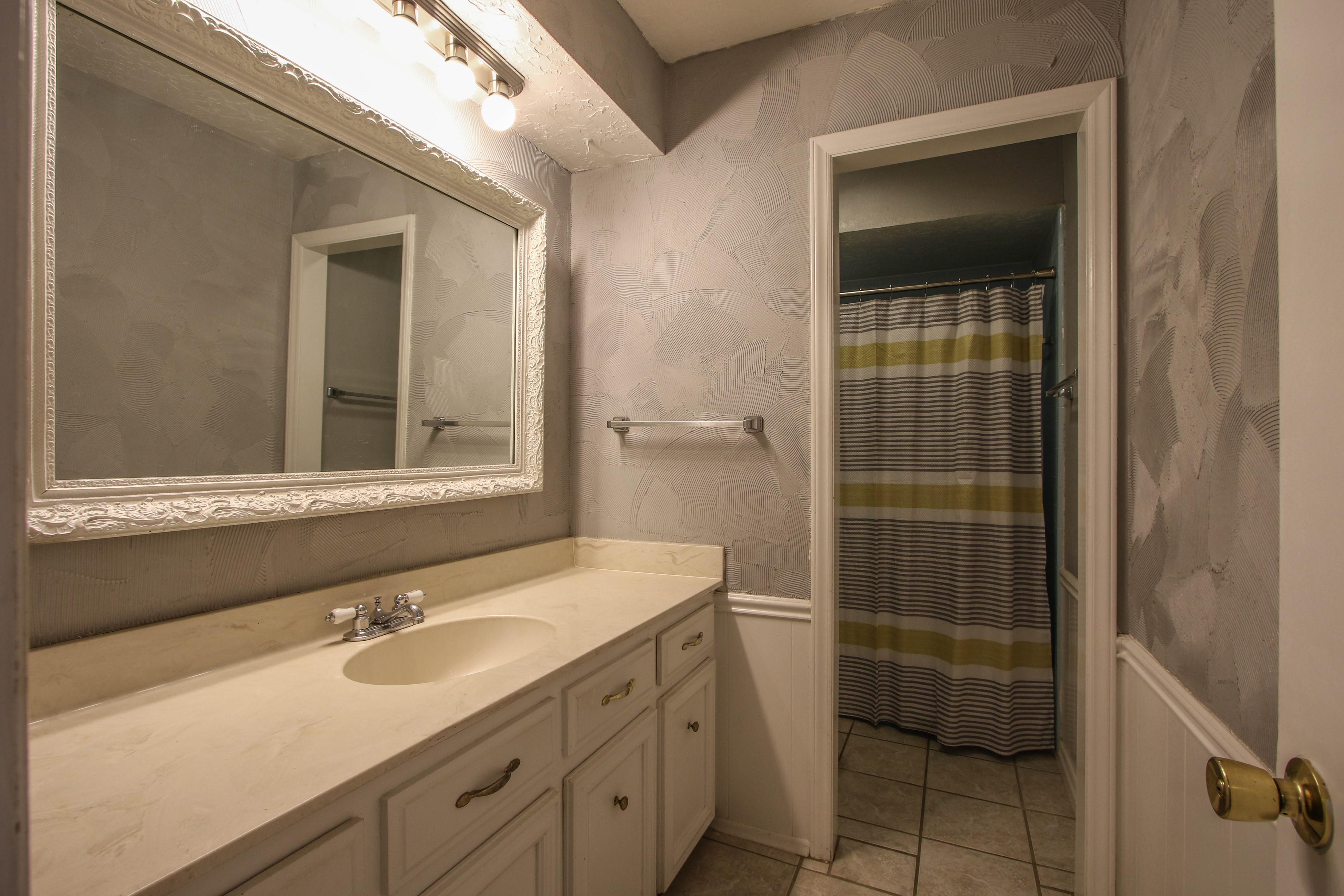 6726 E 76th Street Property Photo 19