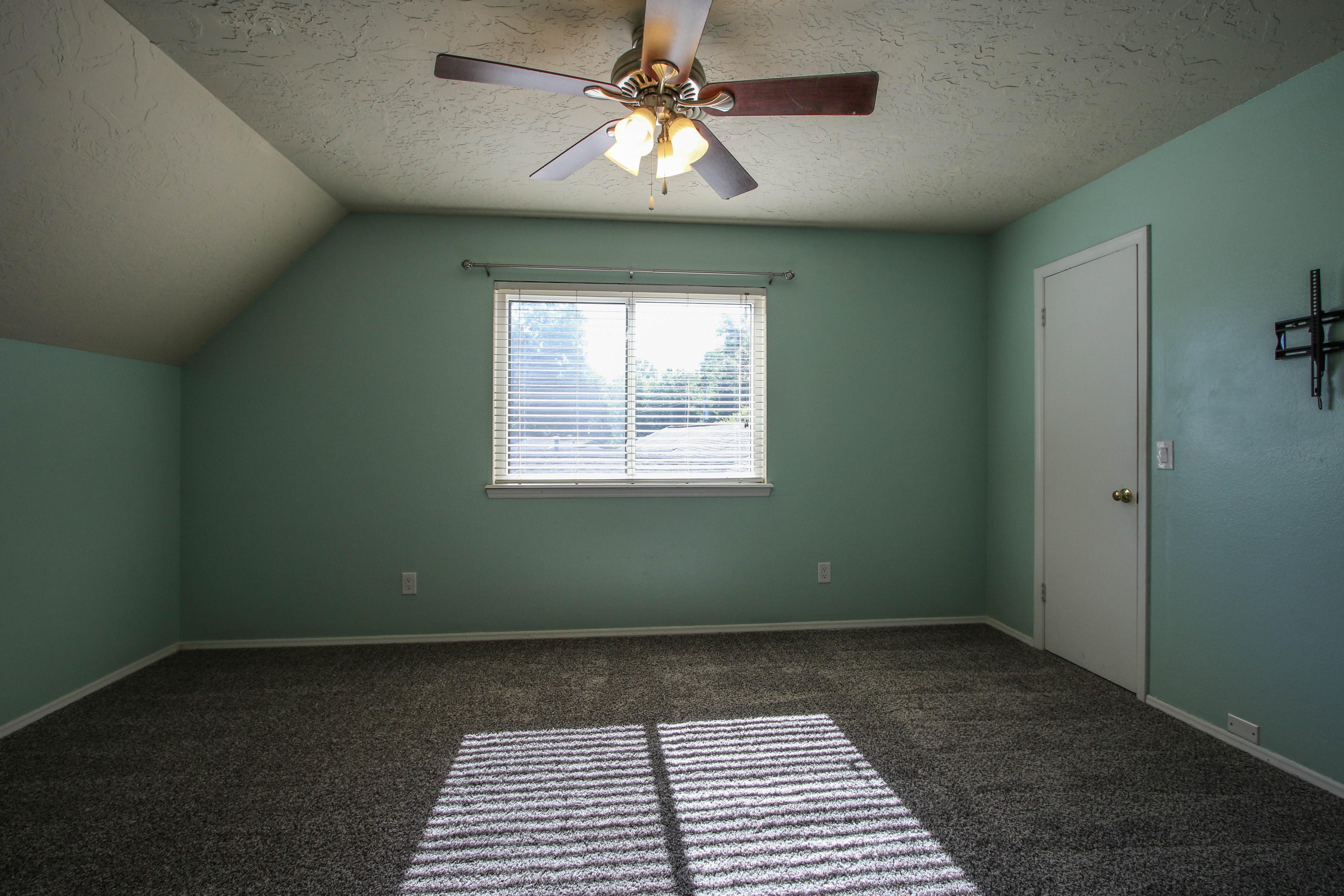 6726 E 76th Street Property Photo 21