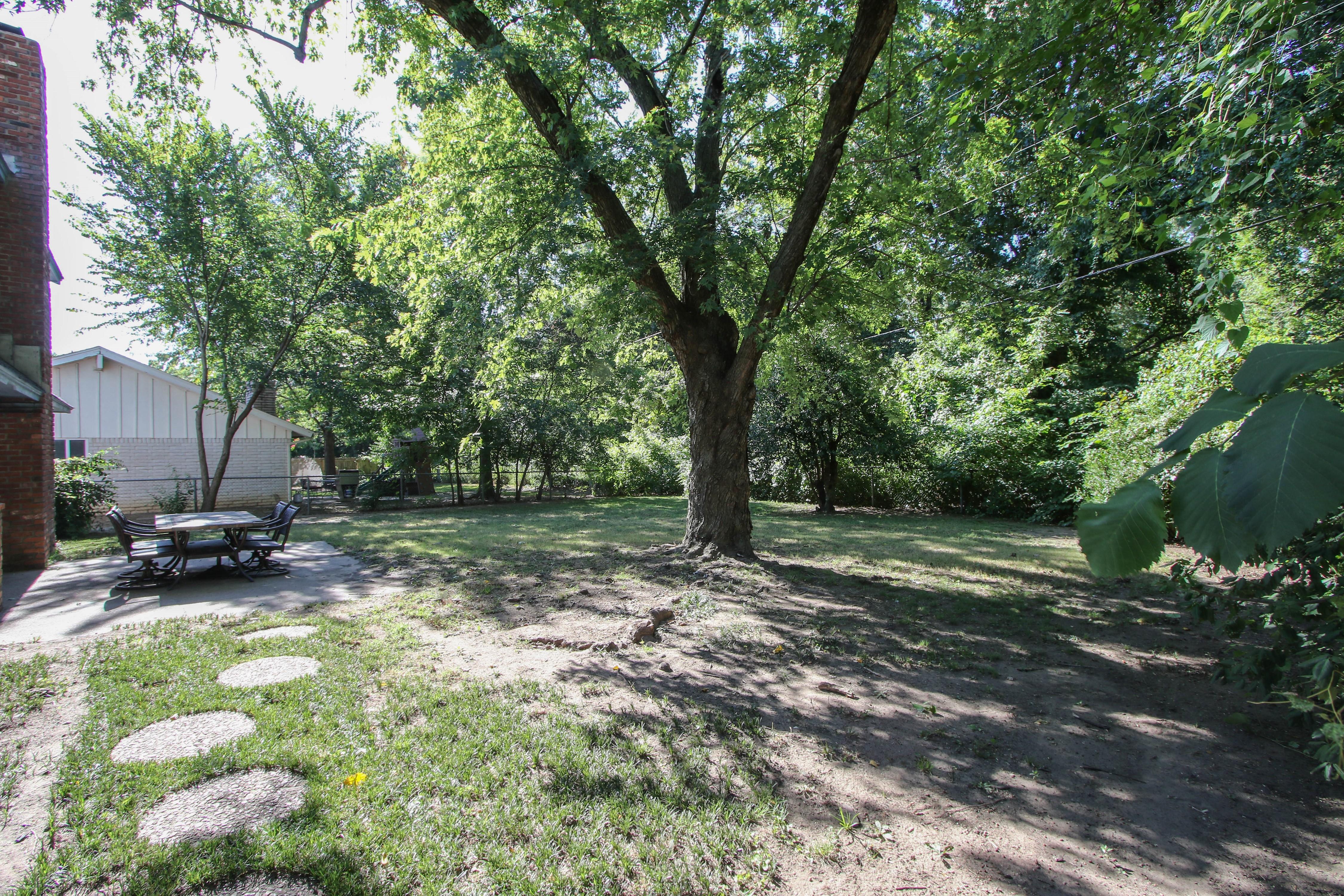 6726 E 76th Street Property Photo 24