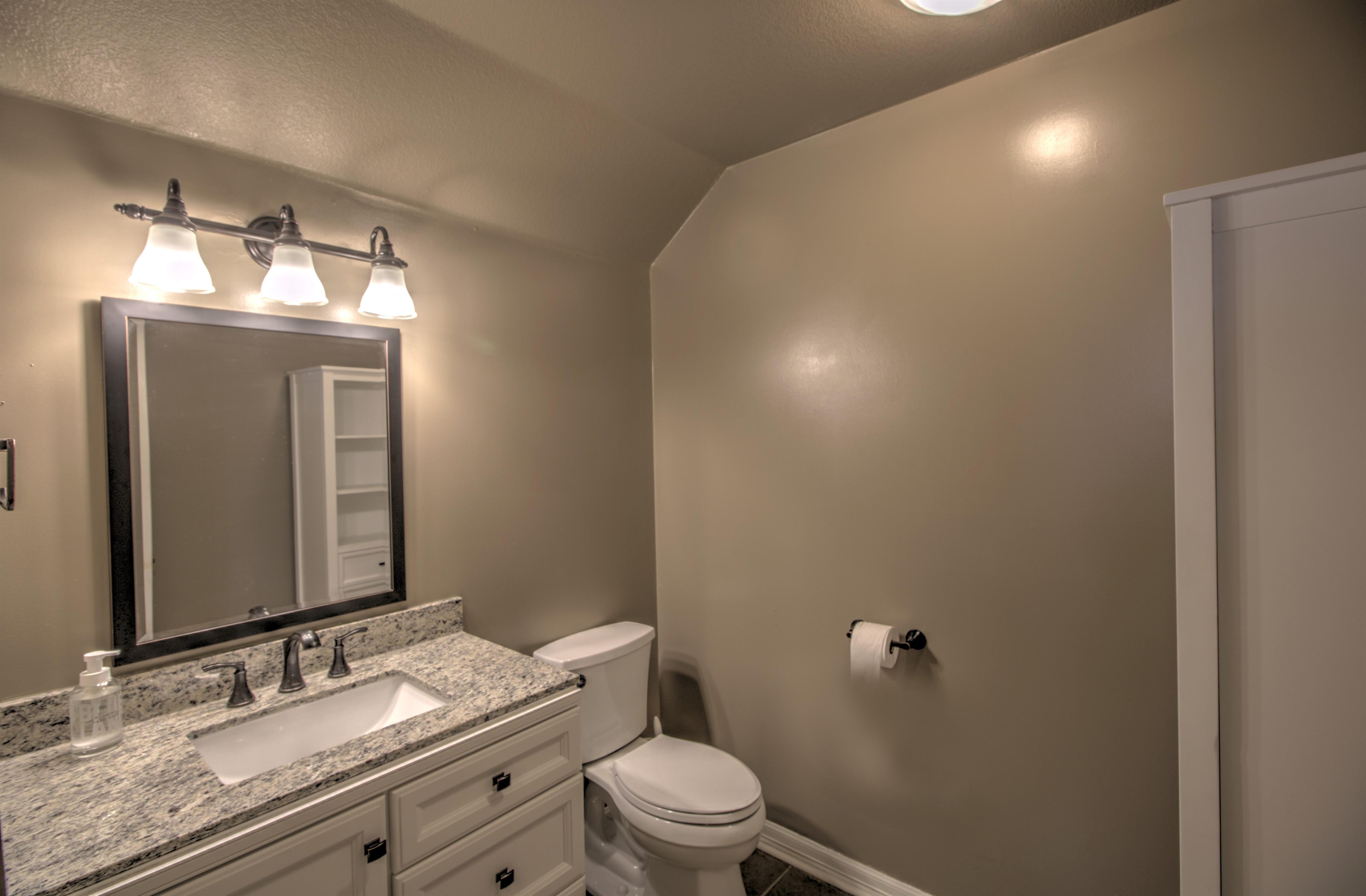 9021 N 137th East Avenue Property Photo 21
