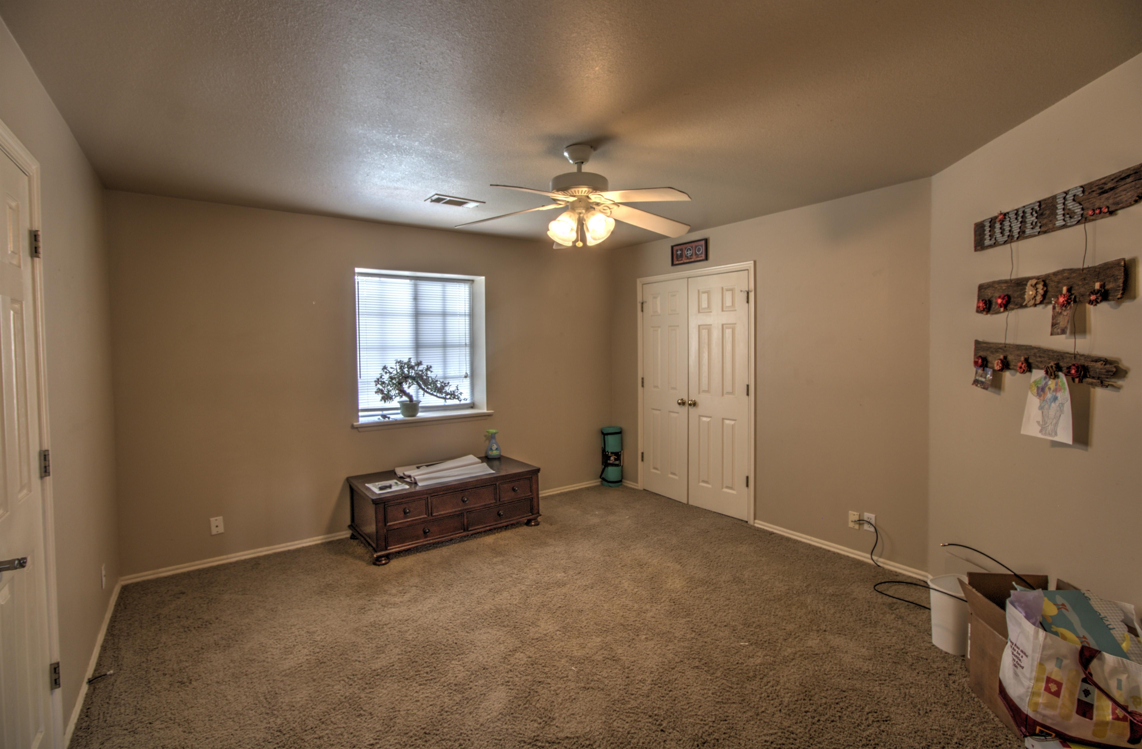 9021 N 137th East Avenue Property Photo 25