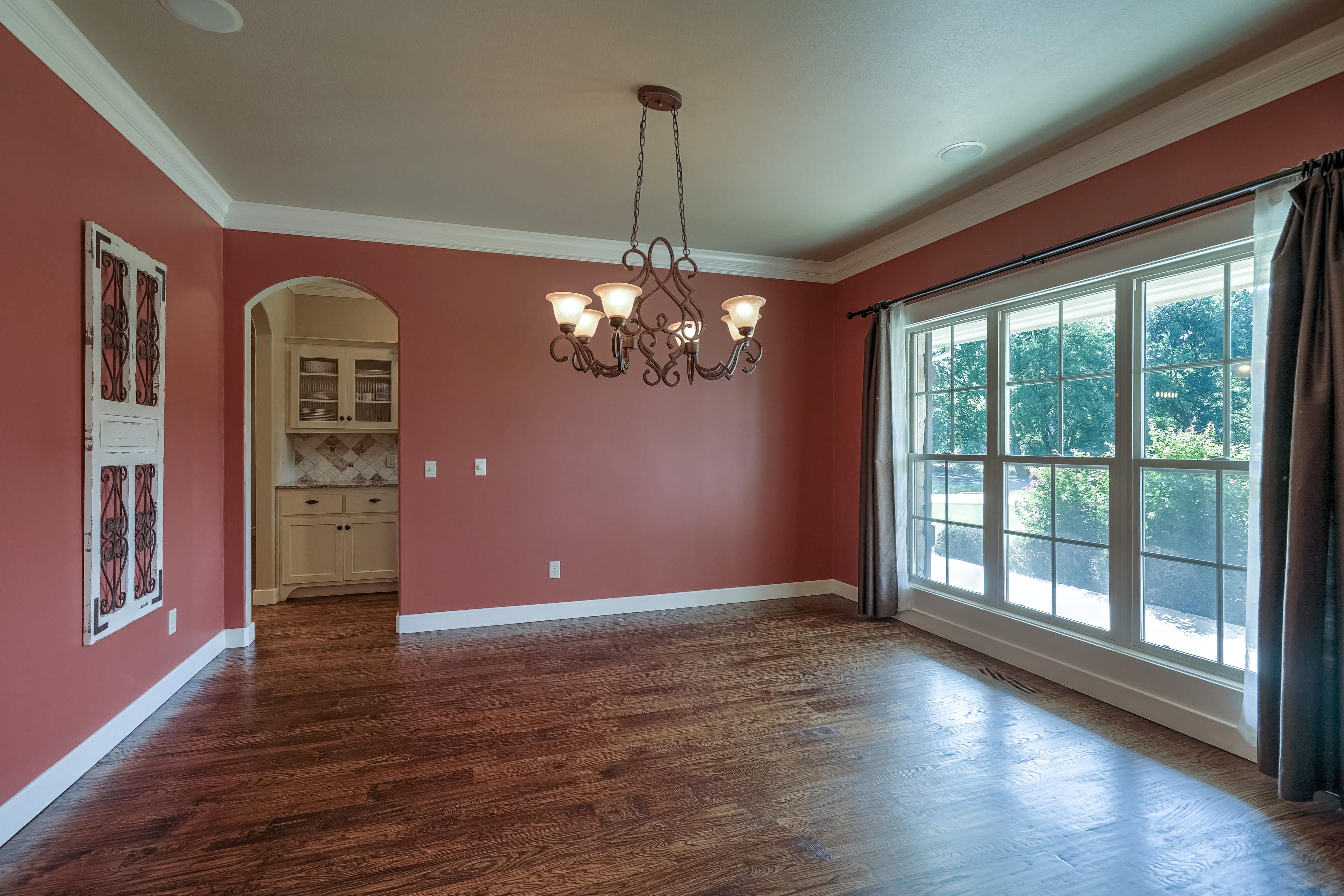 11310 S Vine Street Property Photo 8