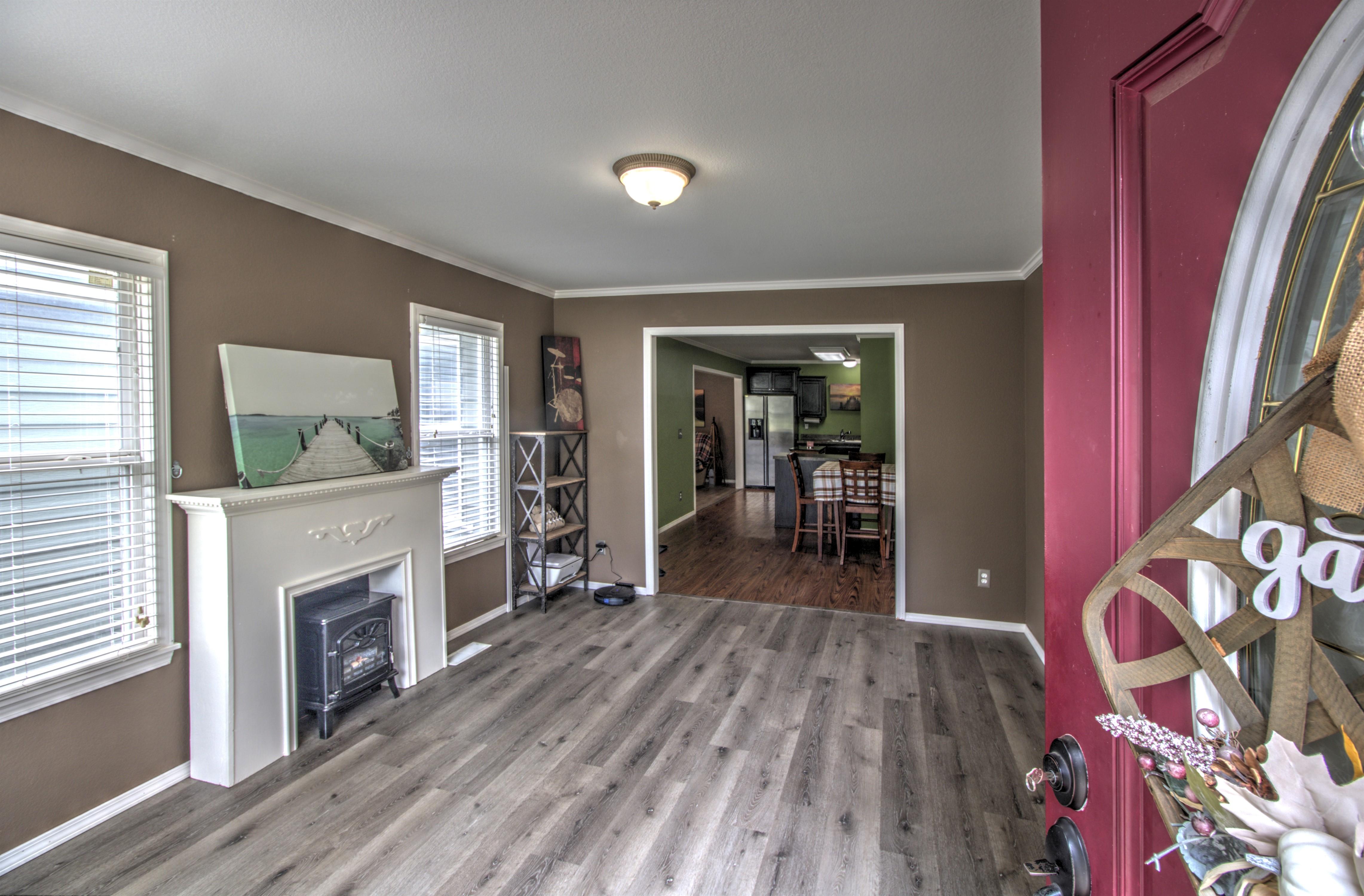 4724 S Santa Fe Avenue Property Photo 5