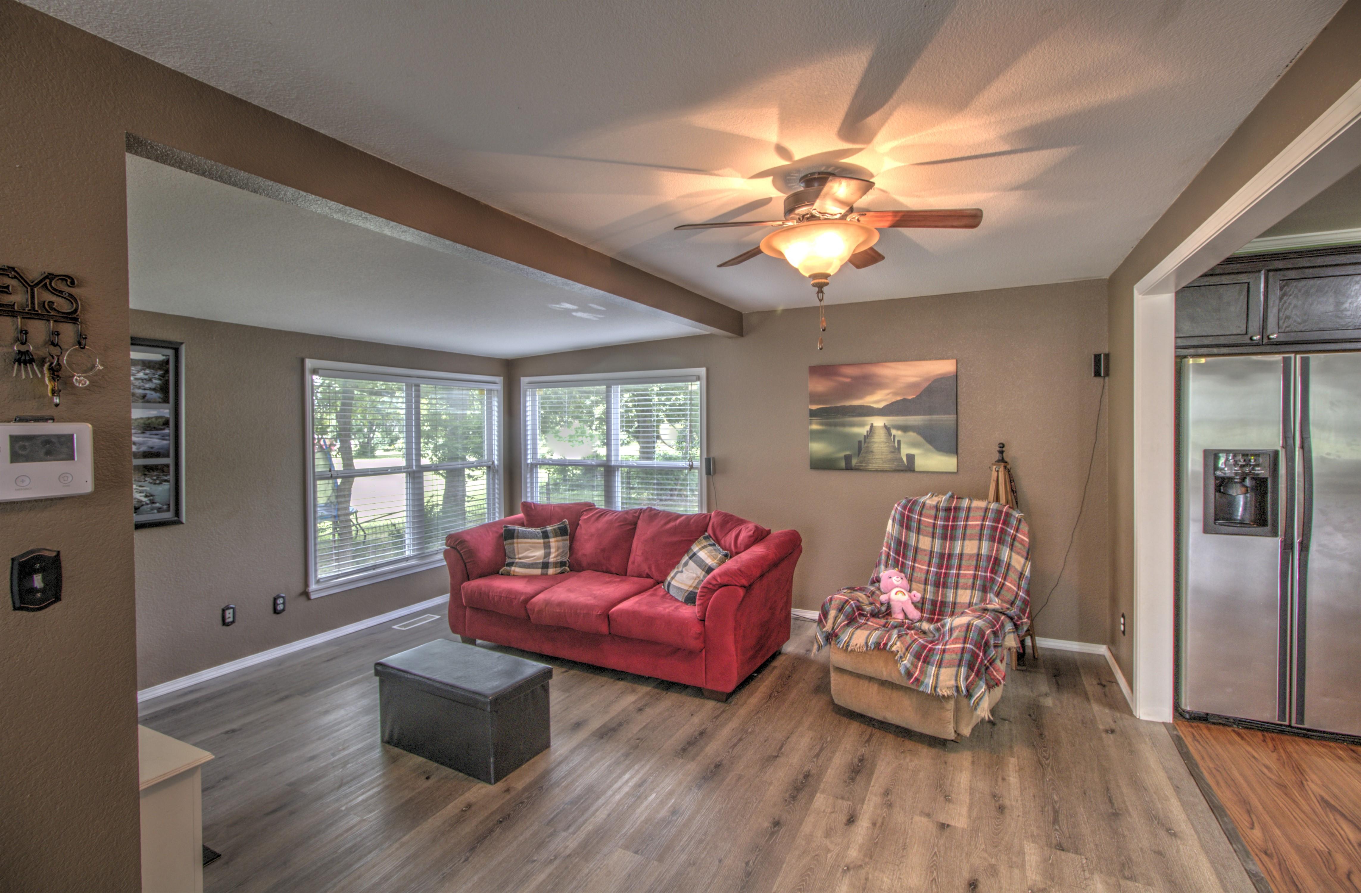 4724 S Santa Fe Avenue Property Photo 9