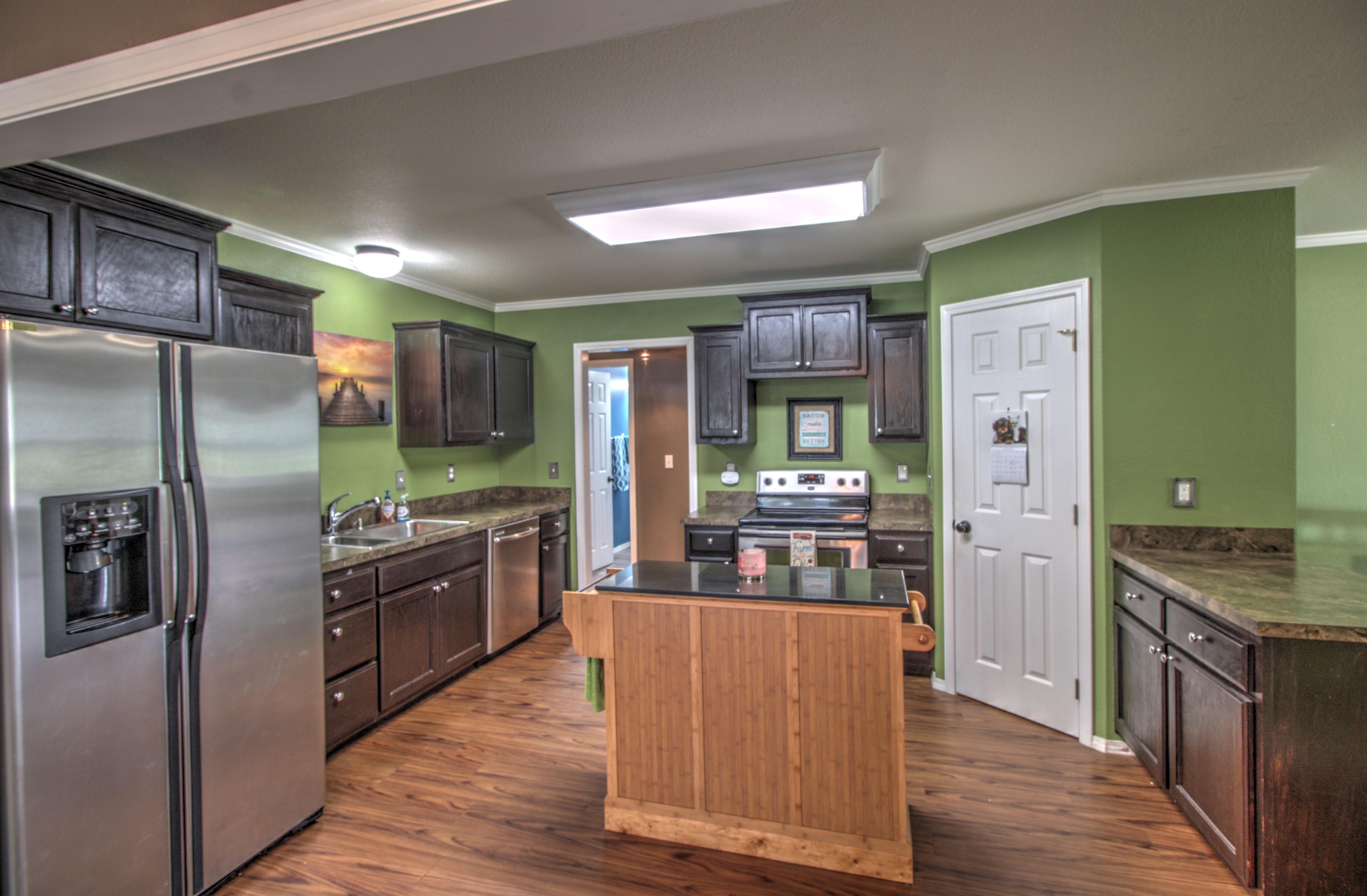 4724 S Santa Fe Avenue Property Photo 12