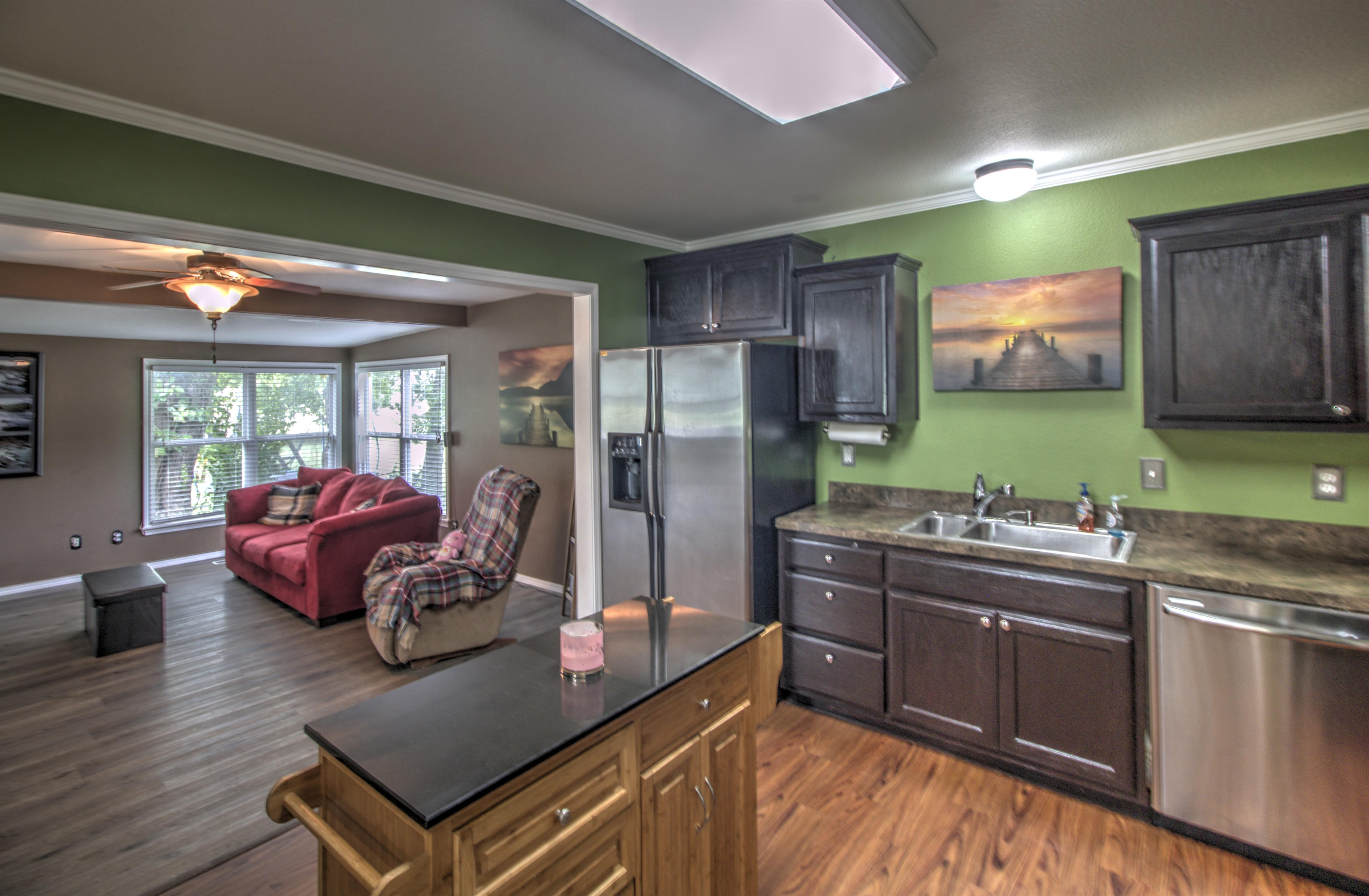4724 S Santa Fe Avenue Property Photo 14