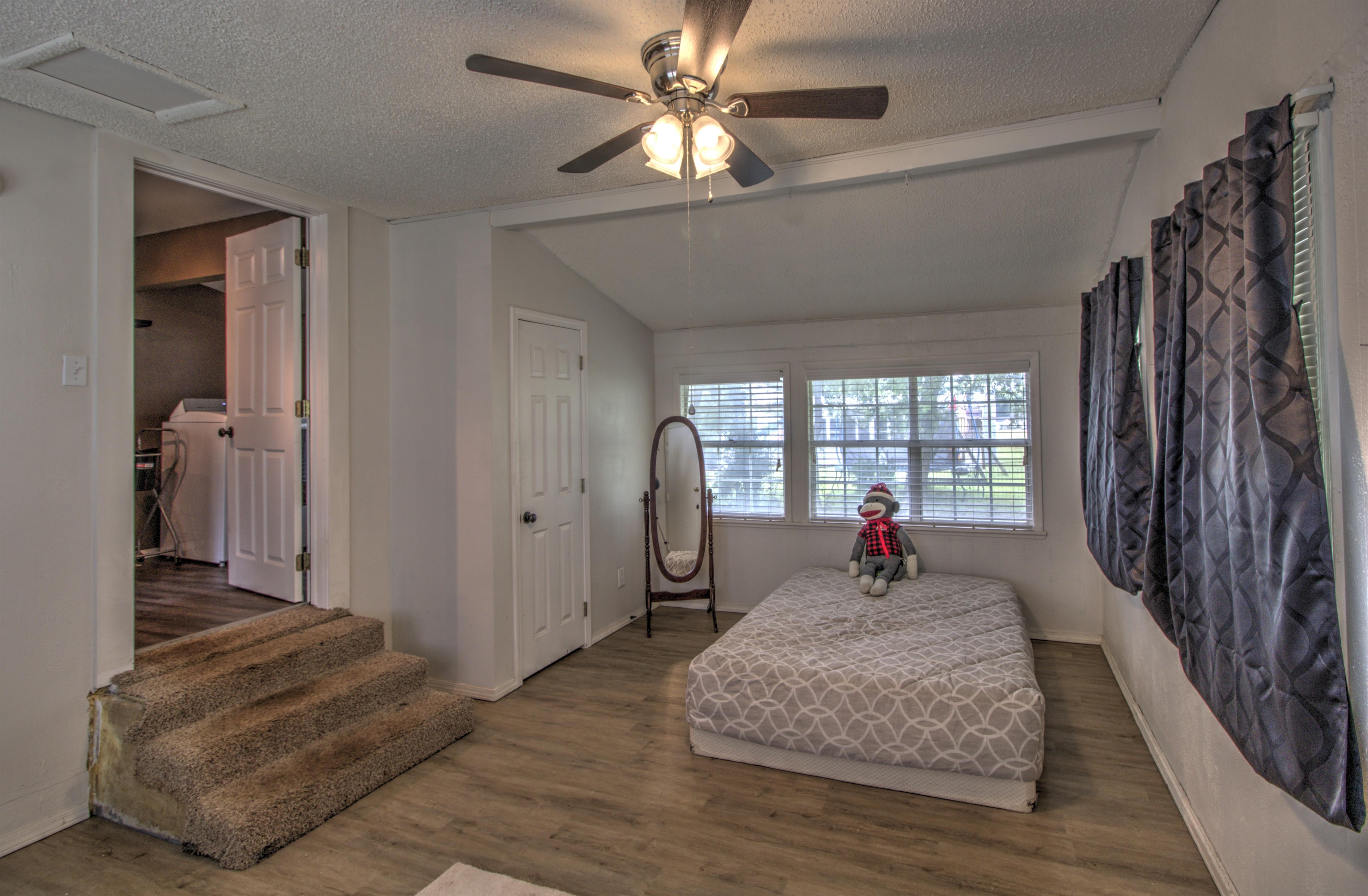 4724 S Santa Fe Avenue Property Photo 18
