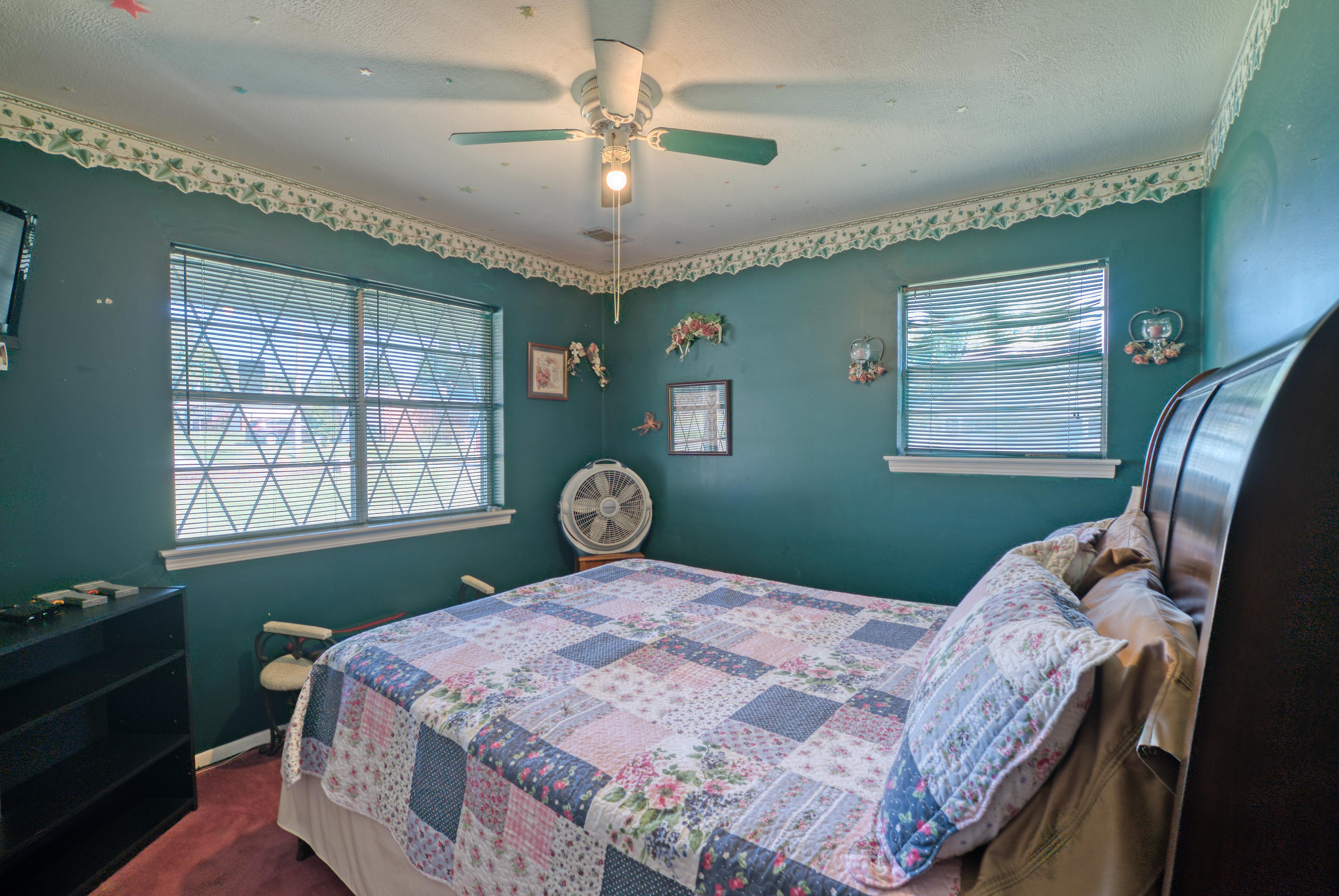 1414 S Delaware Avenue Property Photo 22