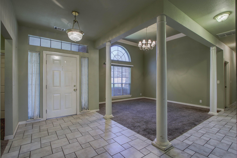 9123 N 102nd East Avenue Property Photo 3