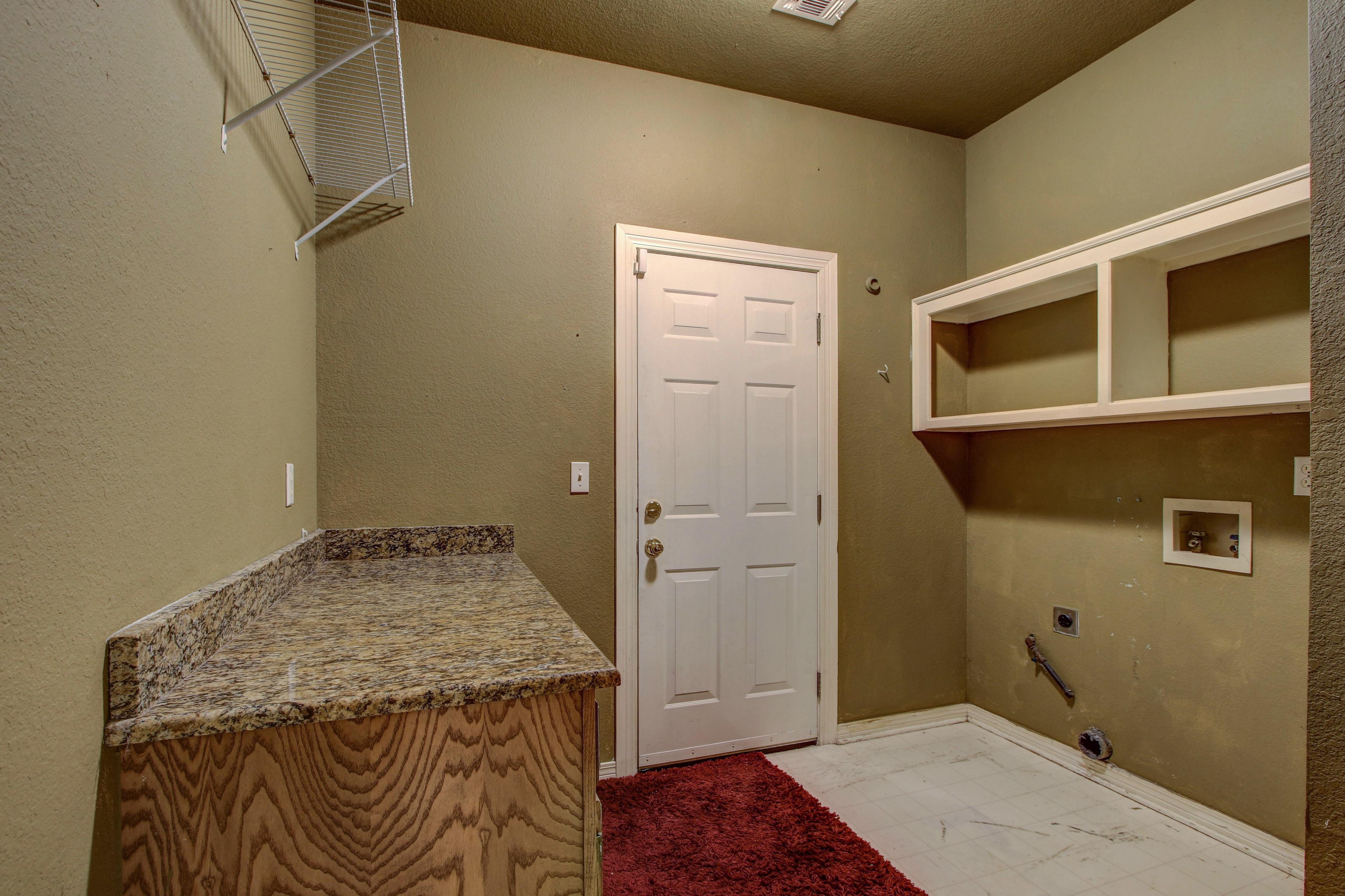 9123 N 102nd East Avenue Property Photo 12