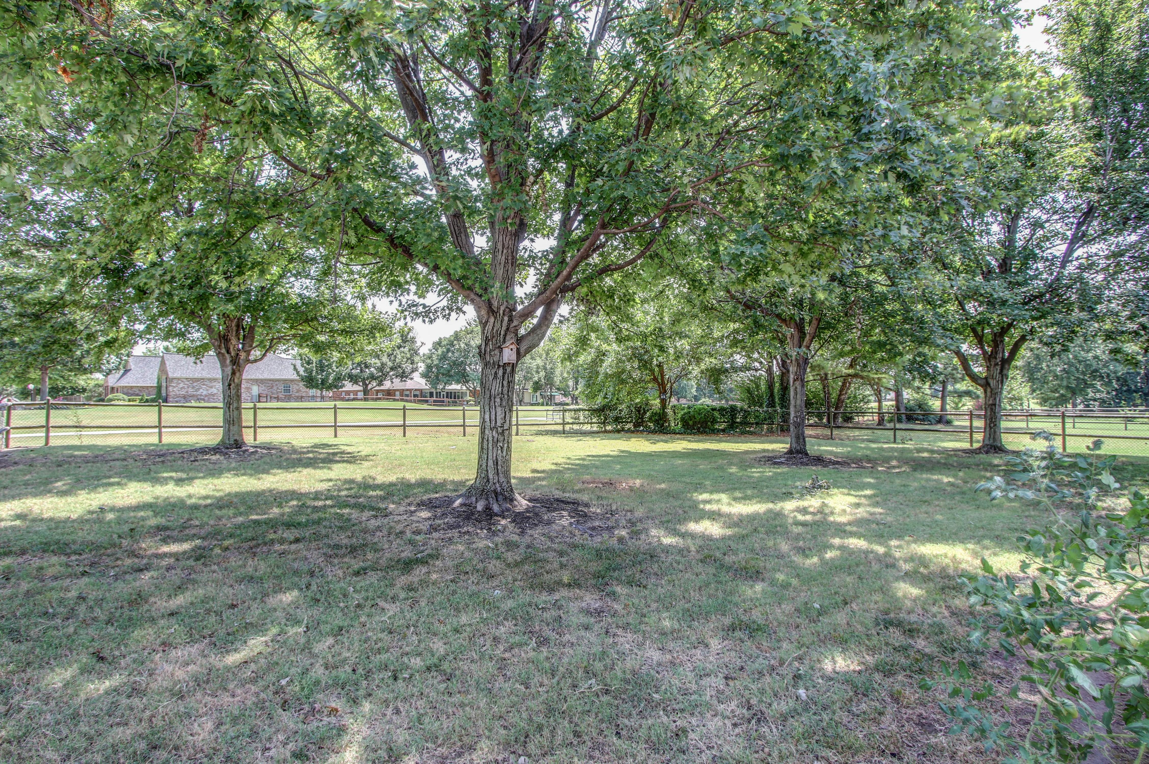 9123 N 102nd East Avenue Property Photo 24