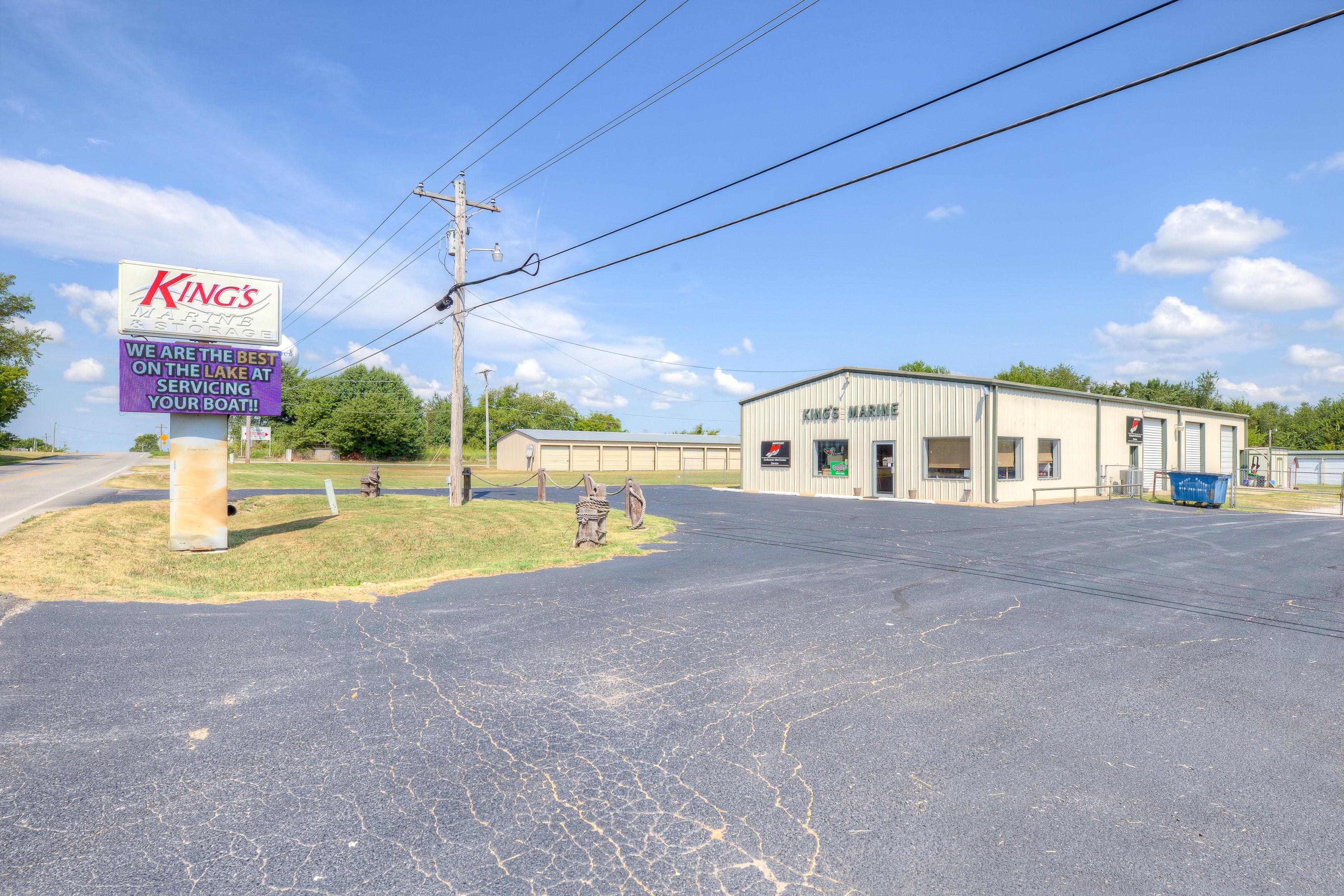1020 E Ketchum Avenue Property Photo 1