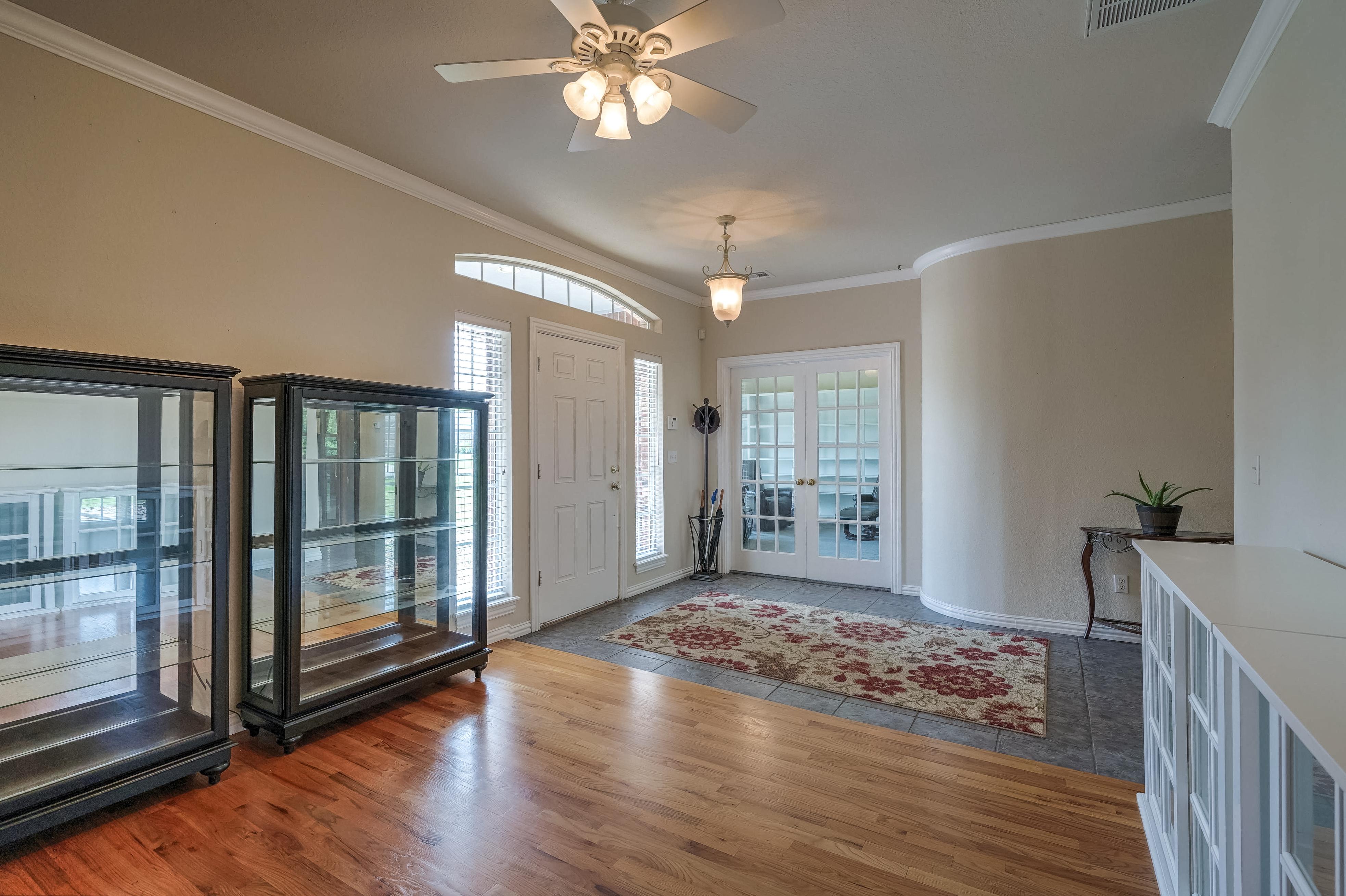 6820 S 302nd East Avenue Property Photo 9