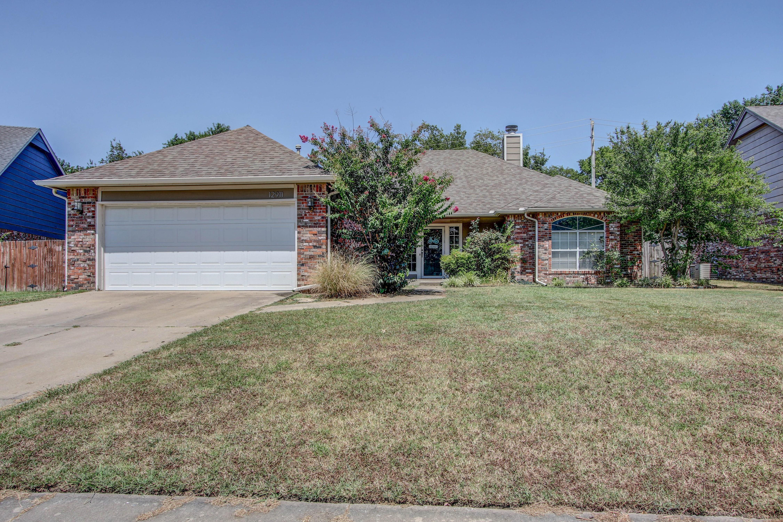12911 E 80th Court North Property Photo 1