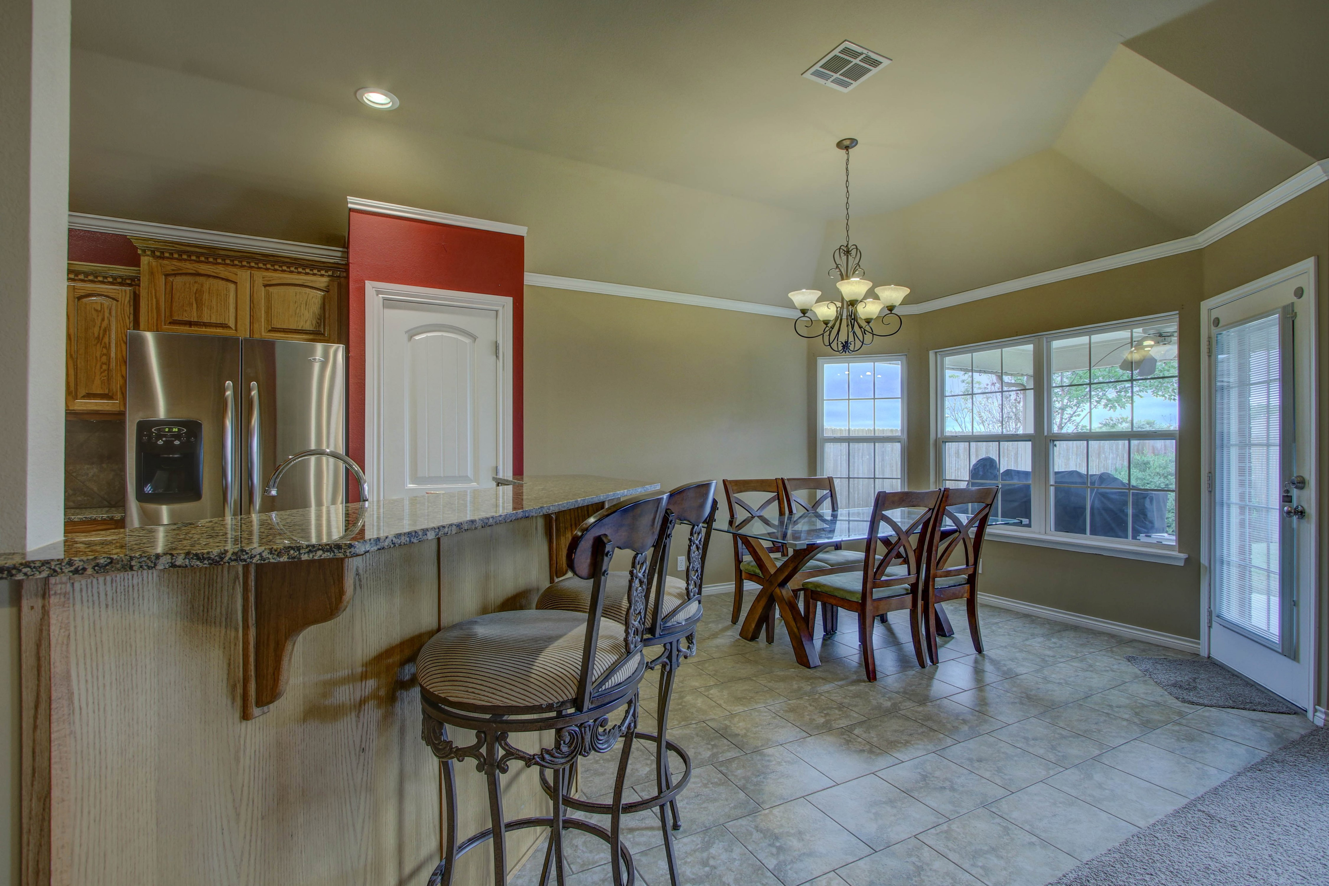 14516 S Poplar Street Property Photo 8