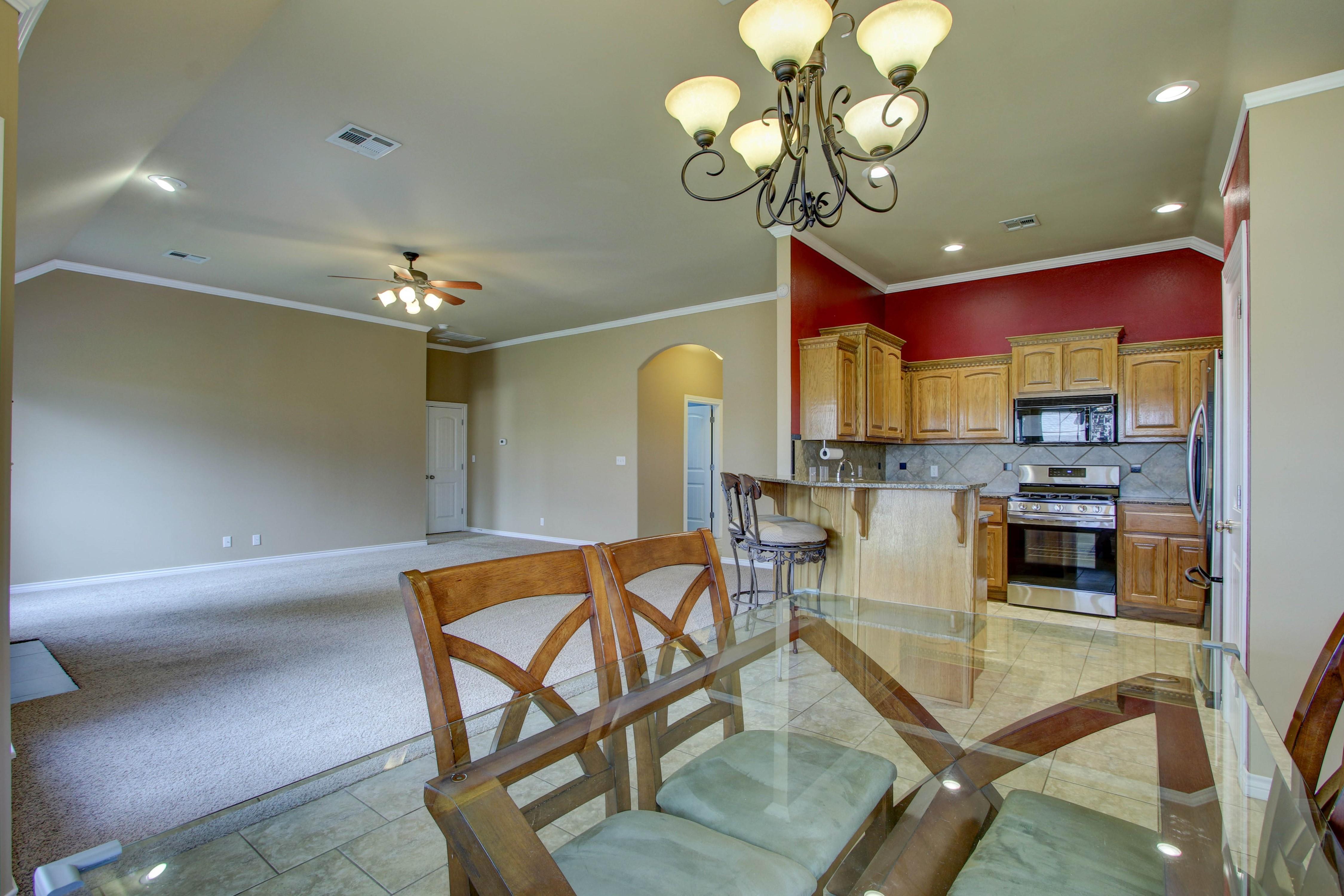 14516 S Poplar Street Property Photo 11