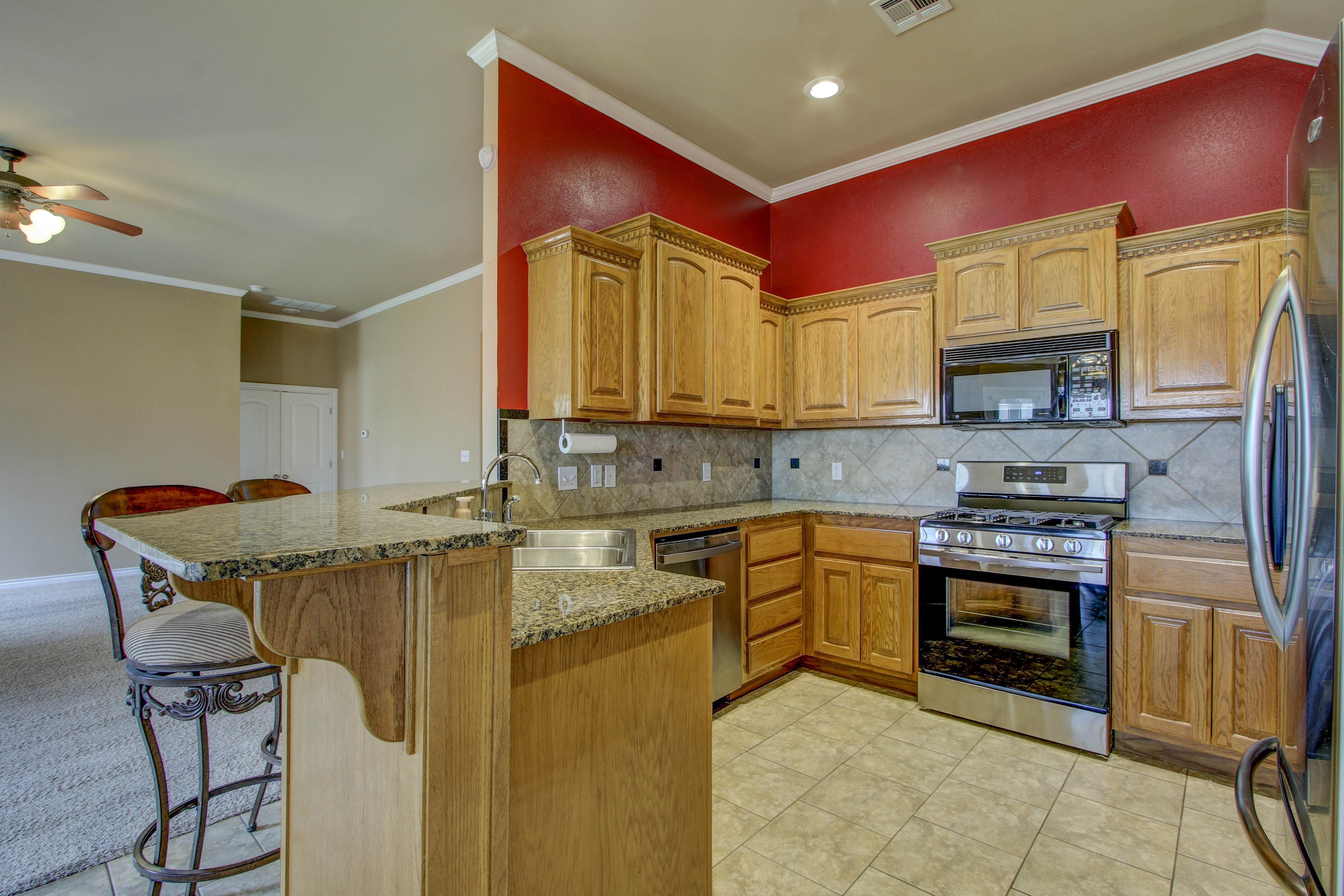 14516 S Poplar Street Property Photo 12