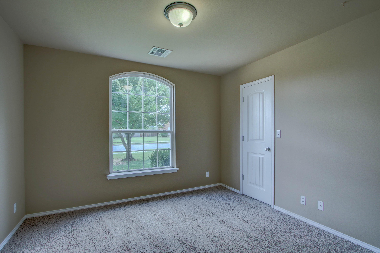 14516 S Poplar Street Property Photo 20