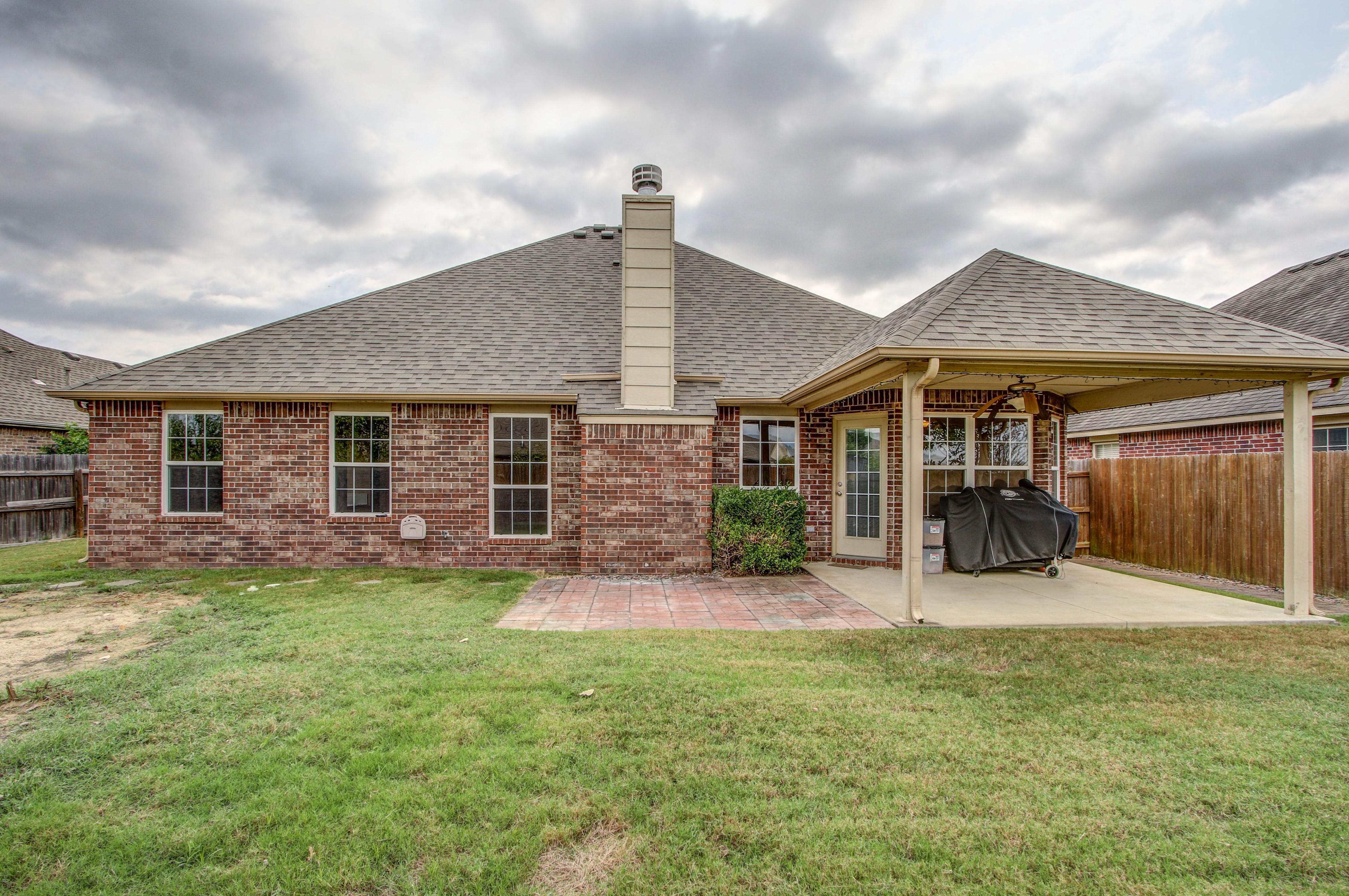 14516 S Poplar Street Property Photo 25