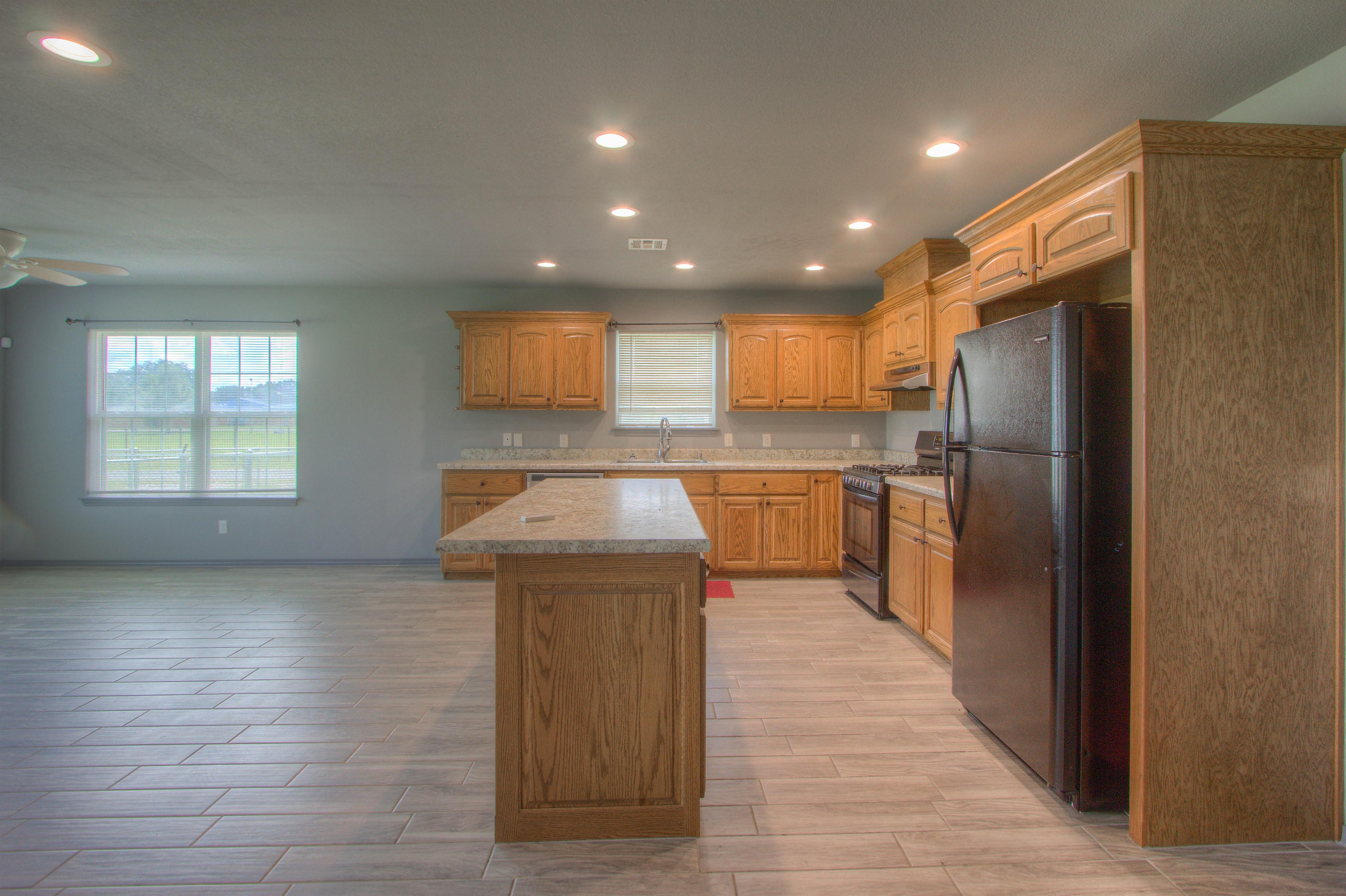 621 W Ash Street Property Photo 8