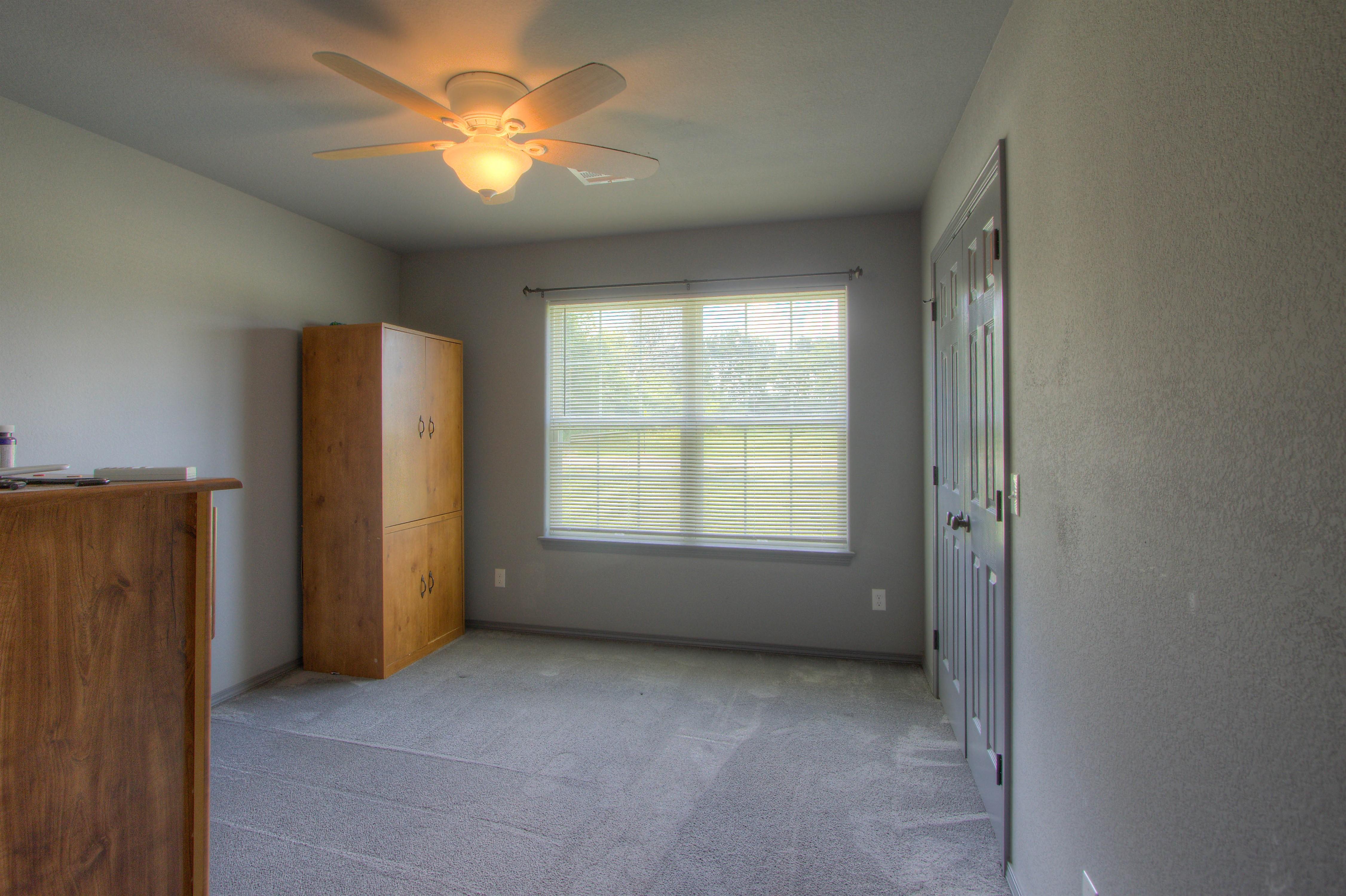 621 W Ash Street Property Photo 13