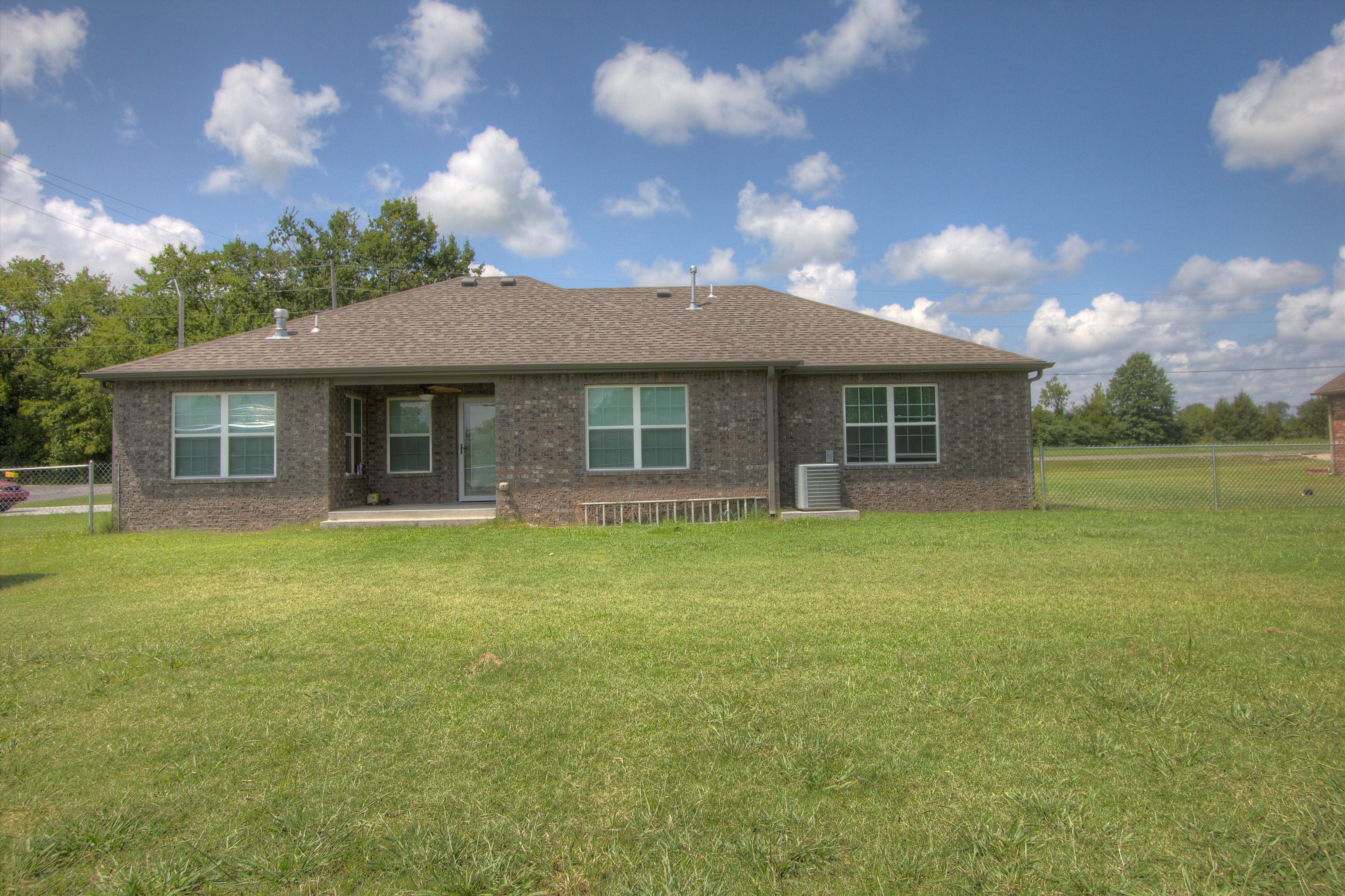 621 W Ash Street Property Photo 25