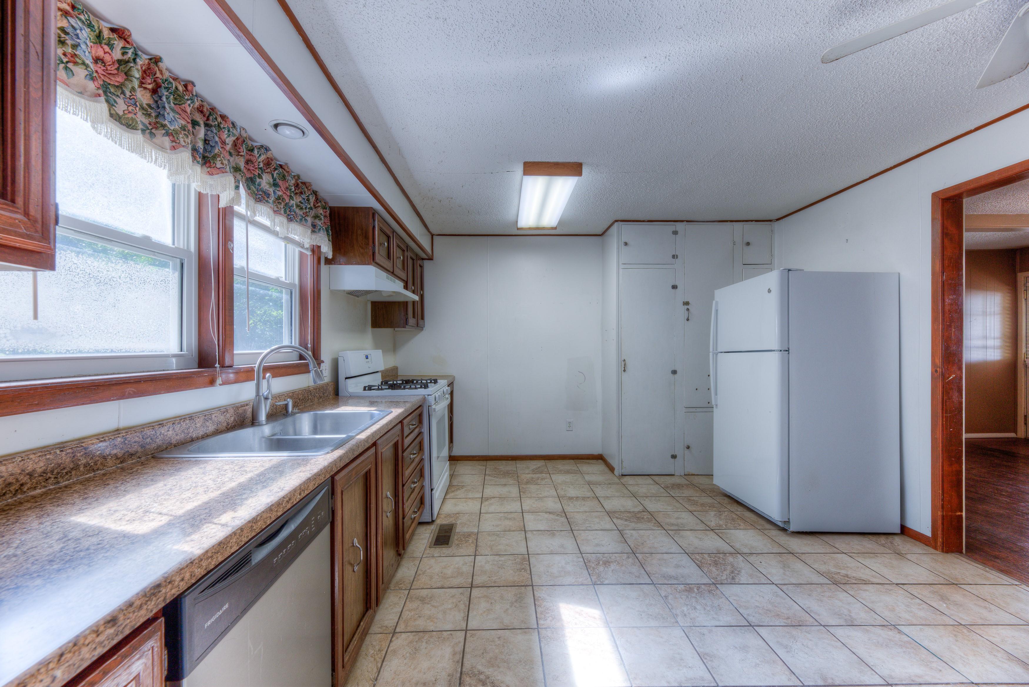216 Se Waverly Avenue Property Photo 8