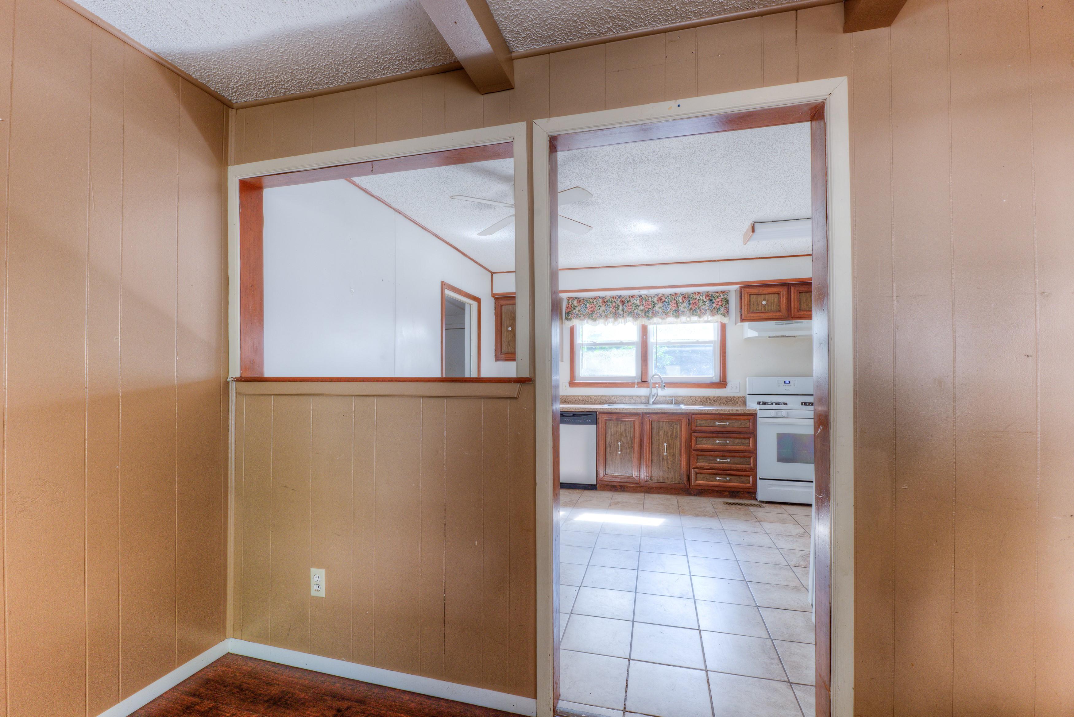 216 Se Waverly Avenue Property Photo 6