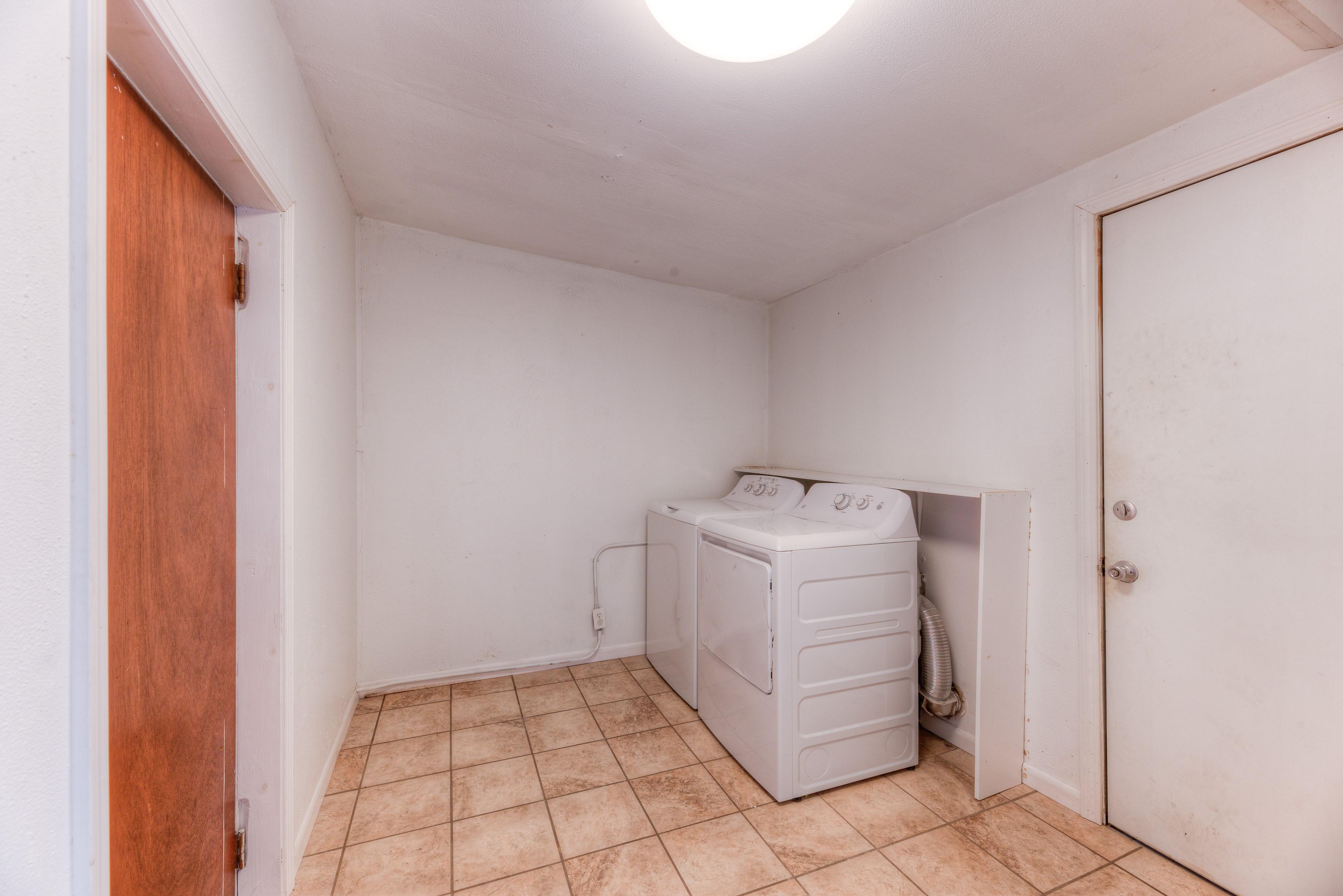216 Se Waverly Avenue Property Photo 16