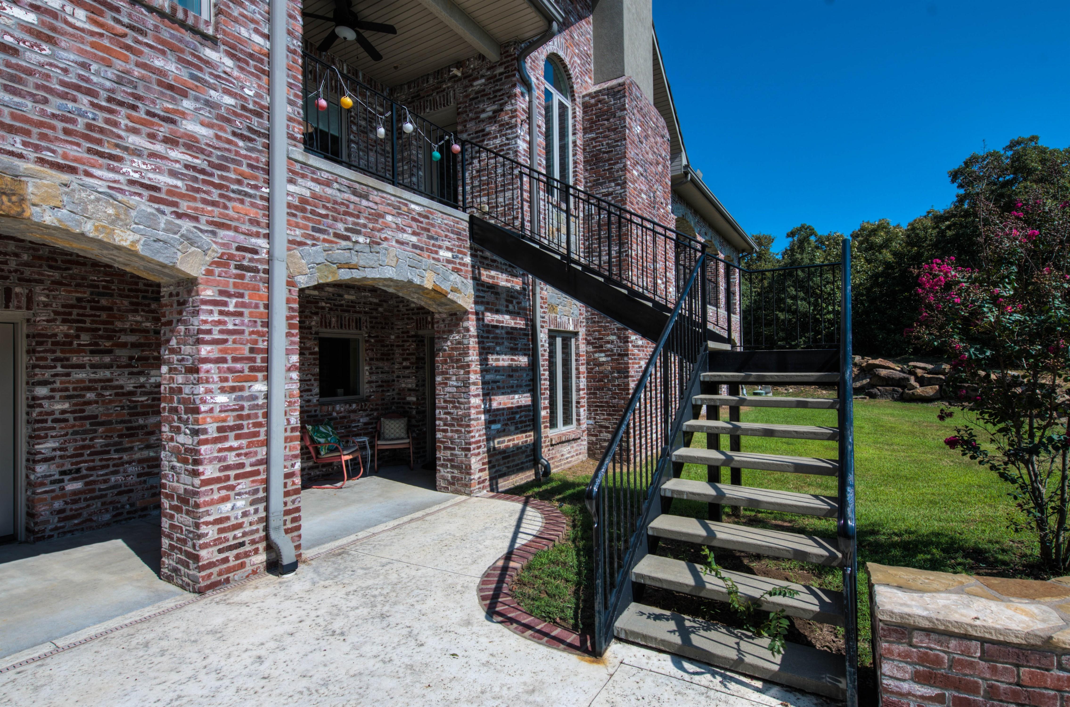 6918 W 183rd Street Property Photo 25