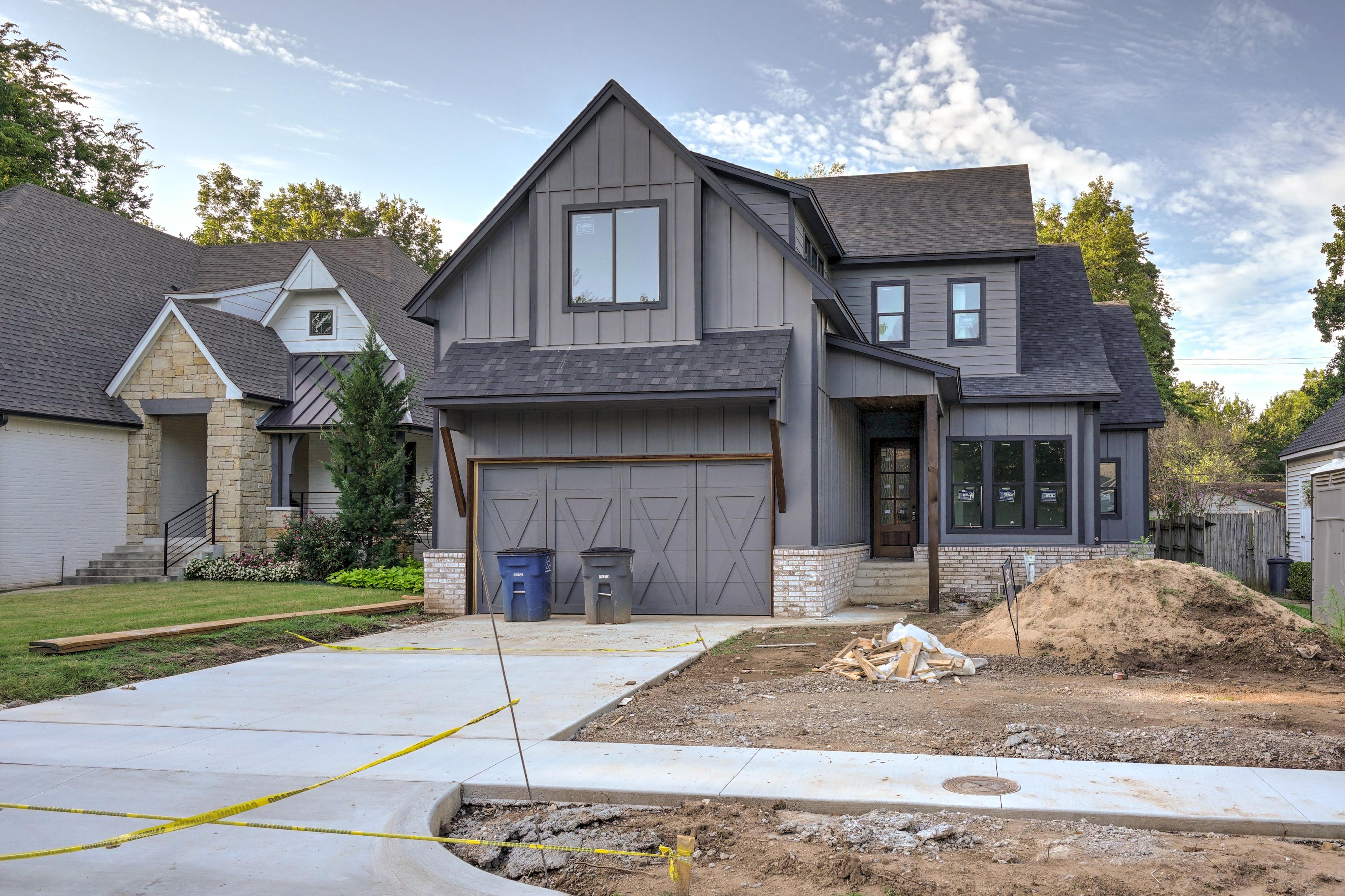 1016 E 37th Street Property Photo 1