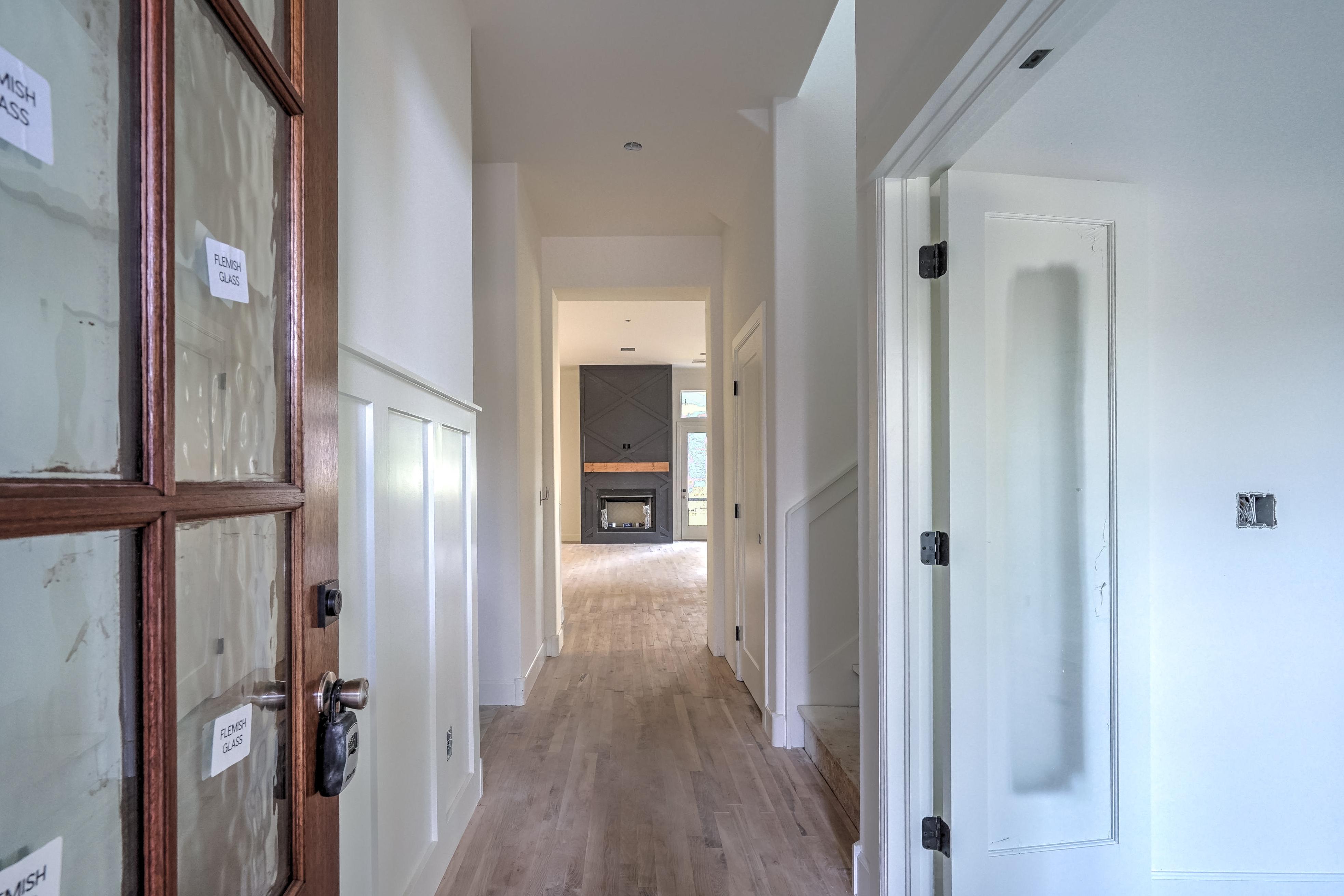 1016 E 37th Street Property Photo 3