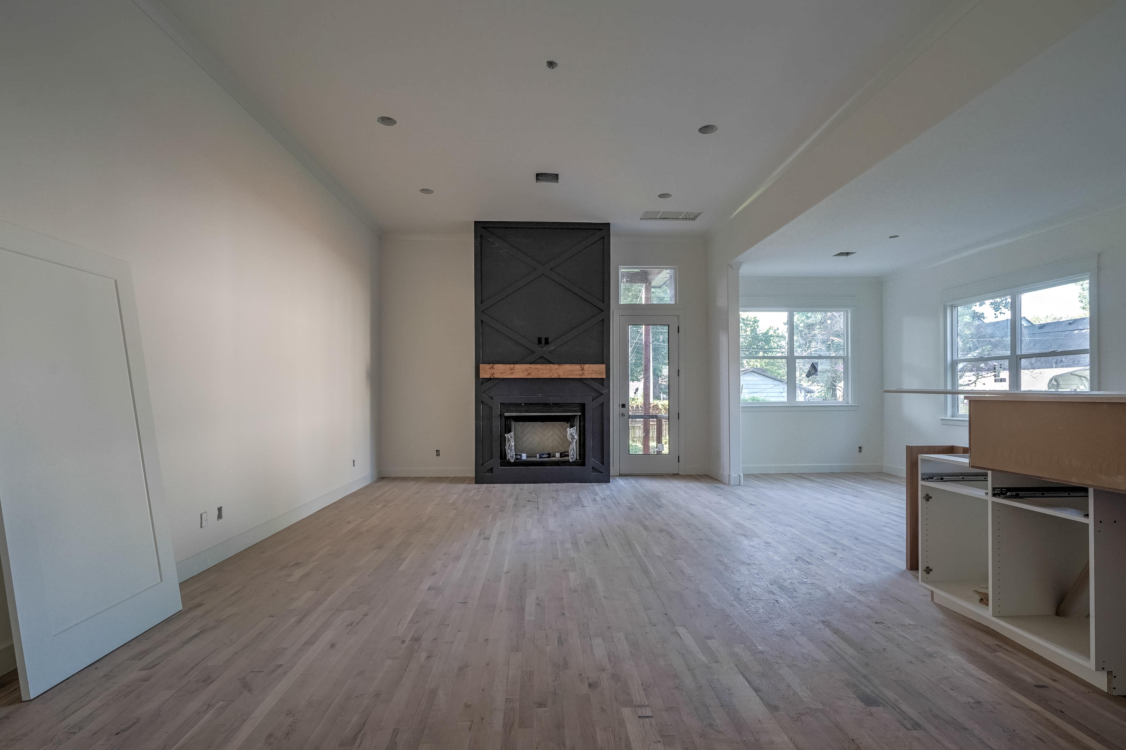 1016 E 37th Street Property Photo 6