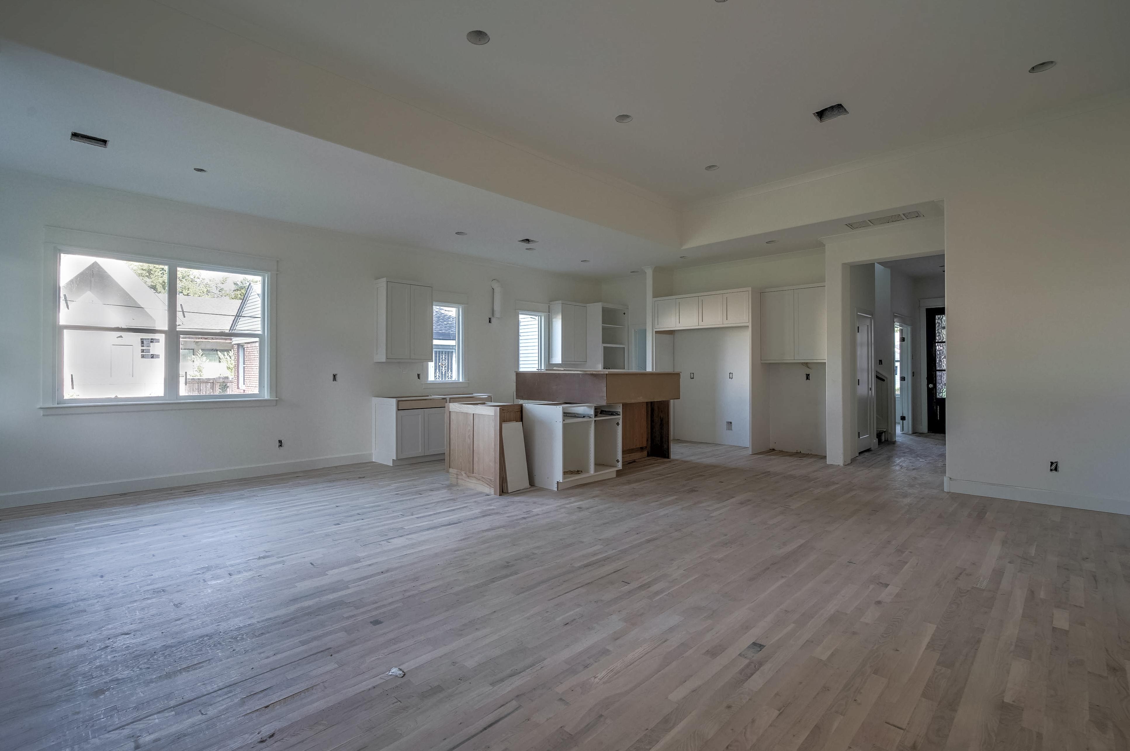 1016 E 37th Street Property Photo 7