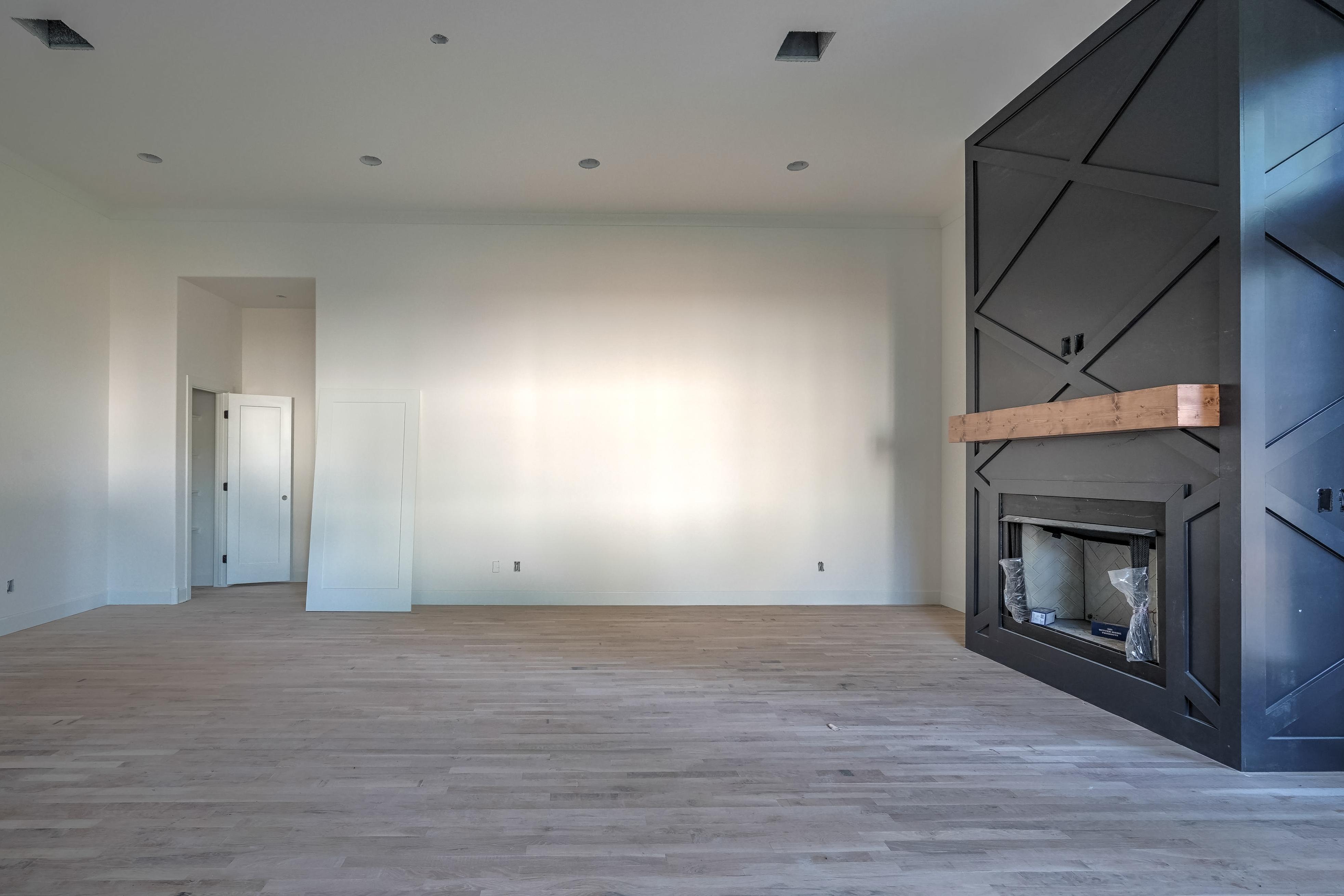 1016 E 37th Street Property Photo 8
